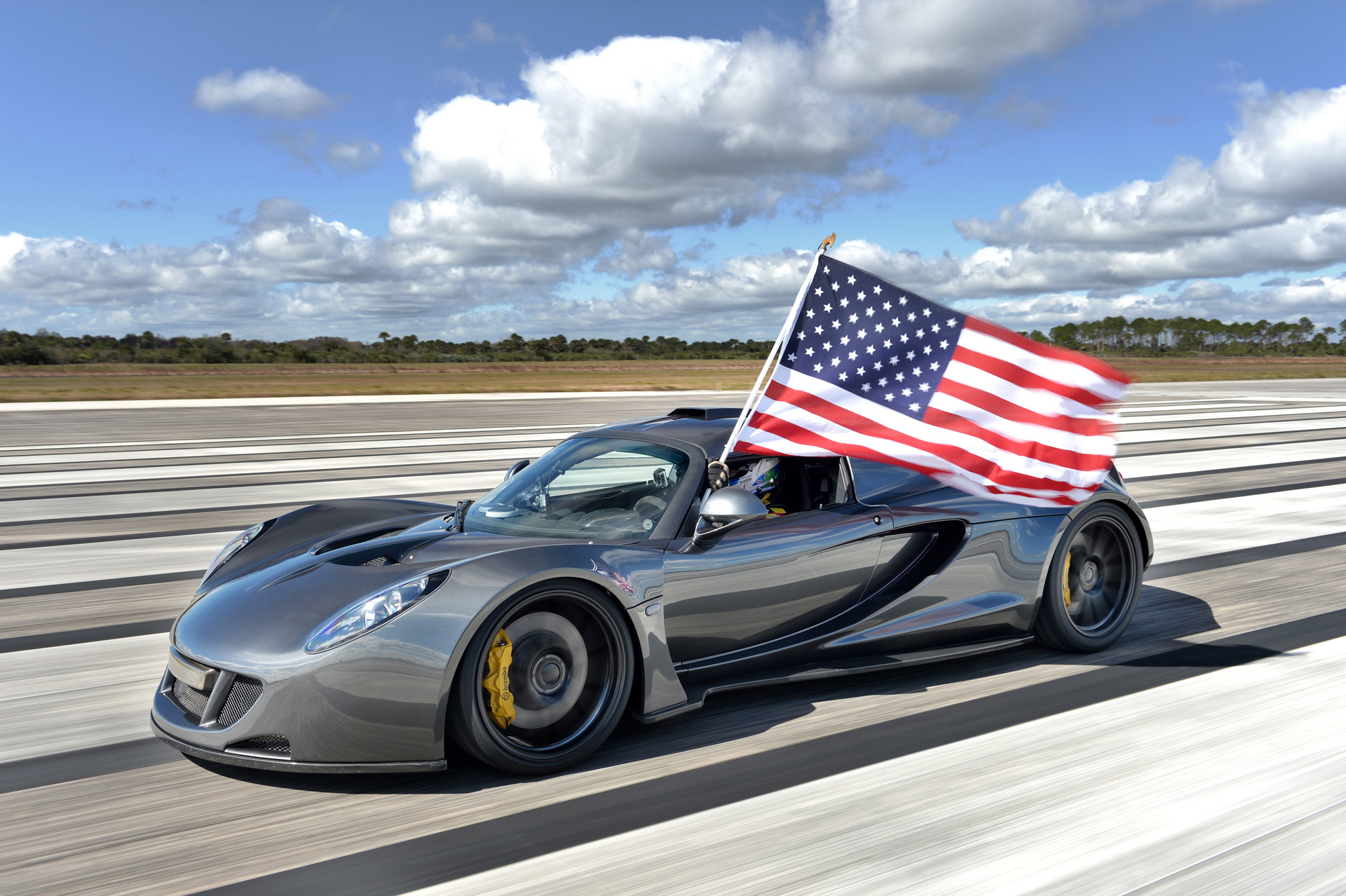 Top 10 of the Fastest Cars Made in America - Carrrs Auto Portal