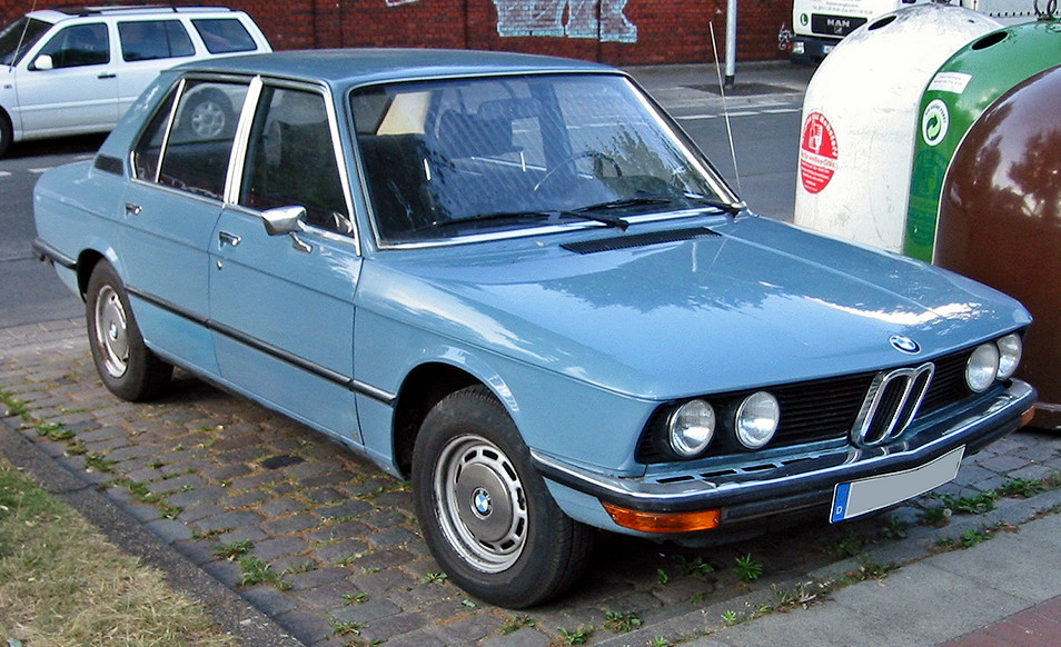 History of the BMW 5 Series - Carrrs Auto Portal