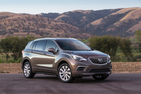 2016 Buick Envision Front 3/4 © General Motors