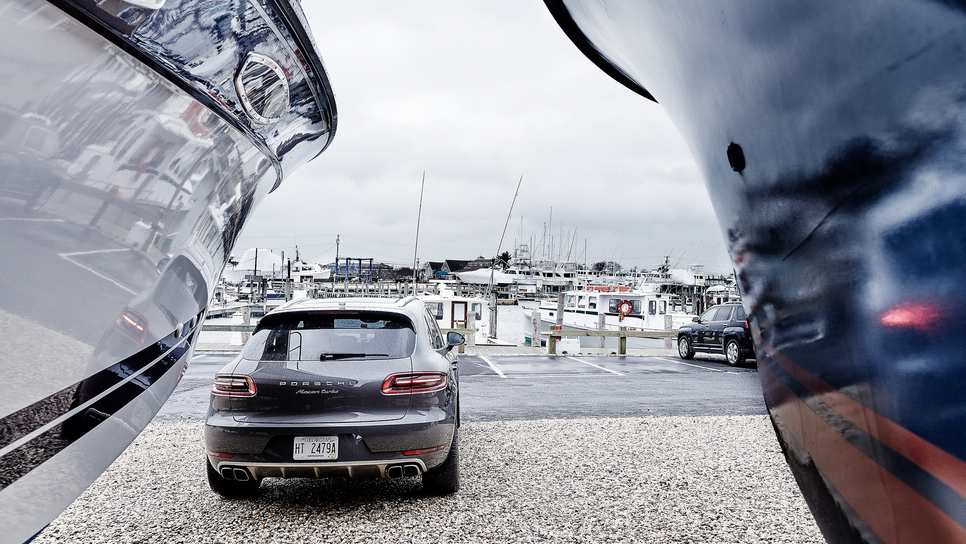 2016 Porsche Macan Turbo © Dr. Ing. h.c. F. Porsche AG.