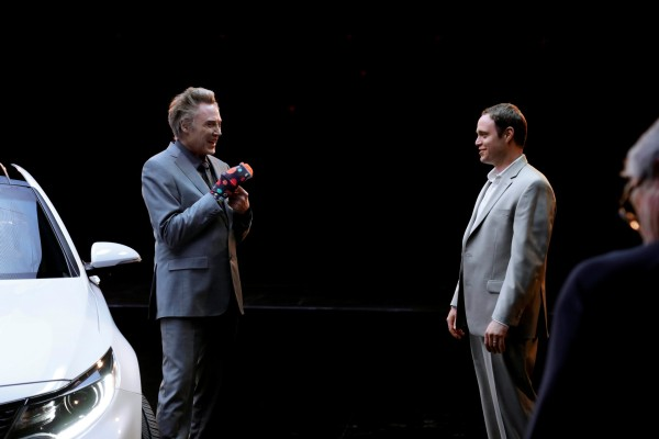 Kia provides behind-the-scenes look at Super Bowl commercial starring Christopher Walken © Kia Motors Corporation