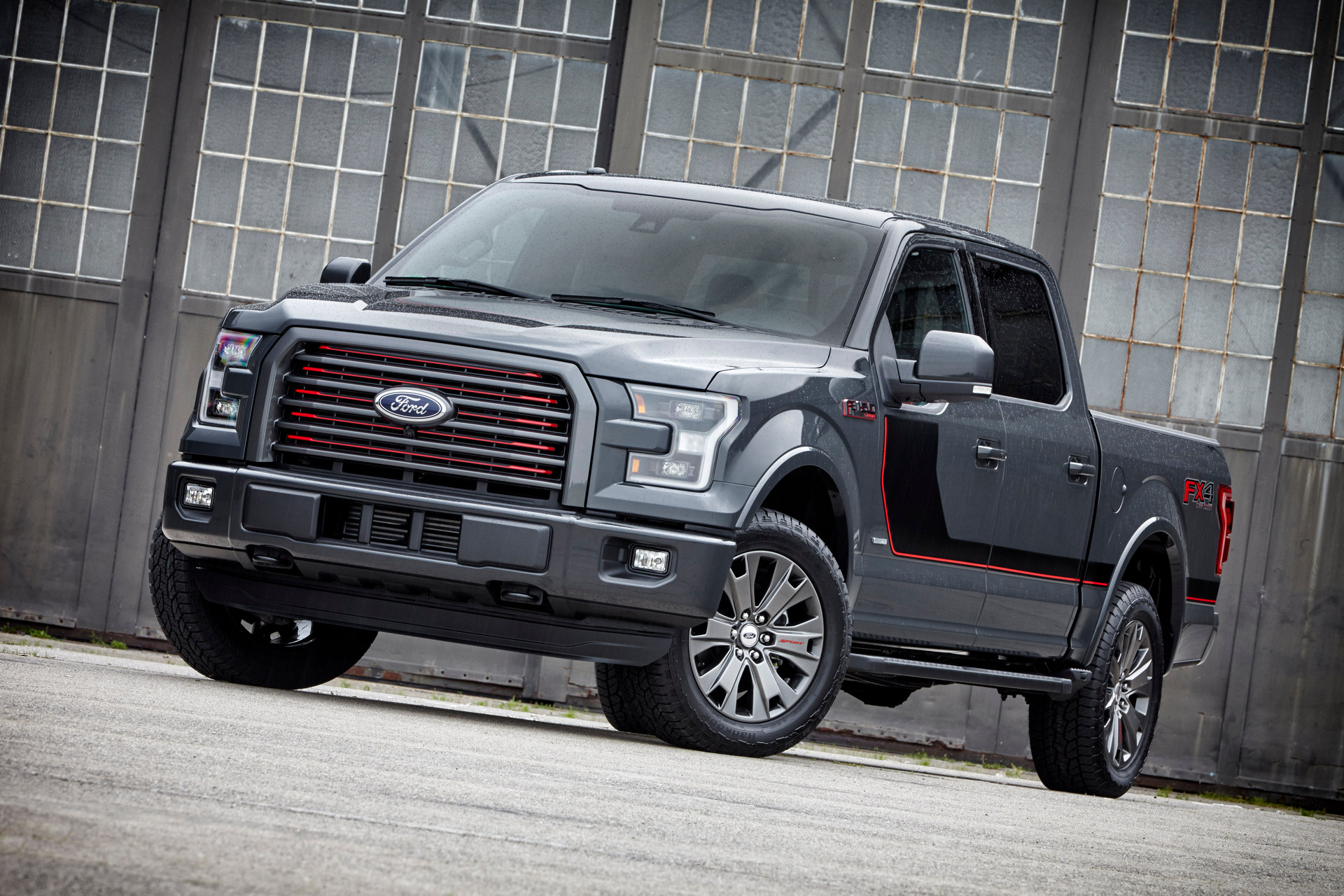 2016 Ford F-150 © Ford Motor Company