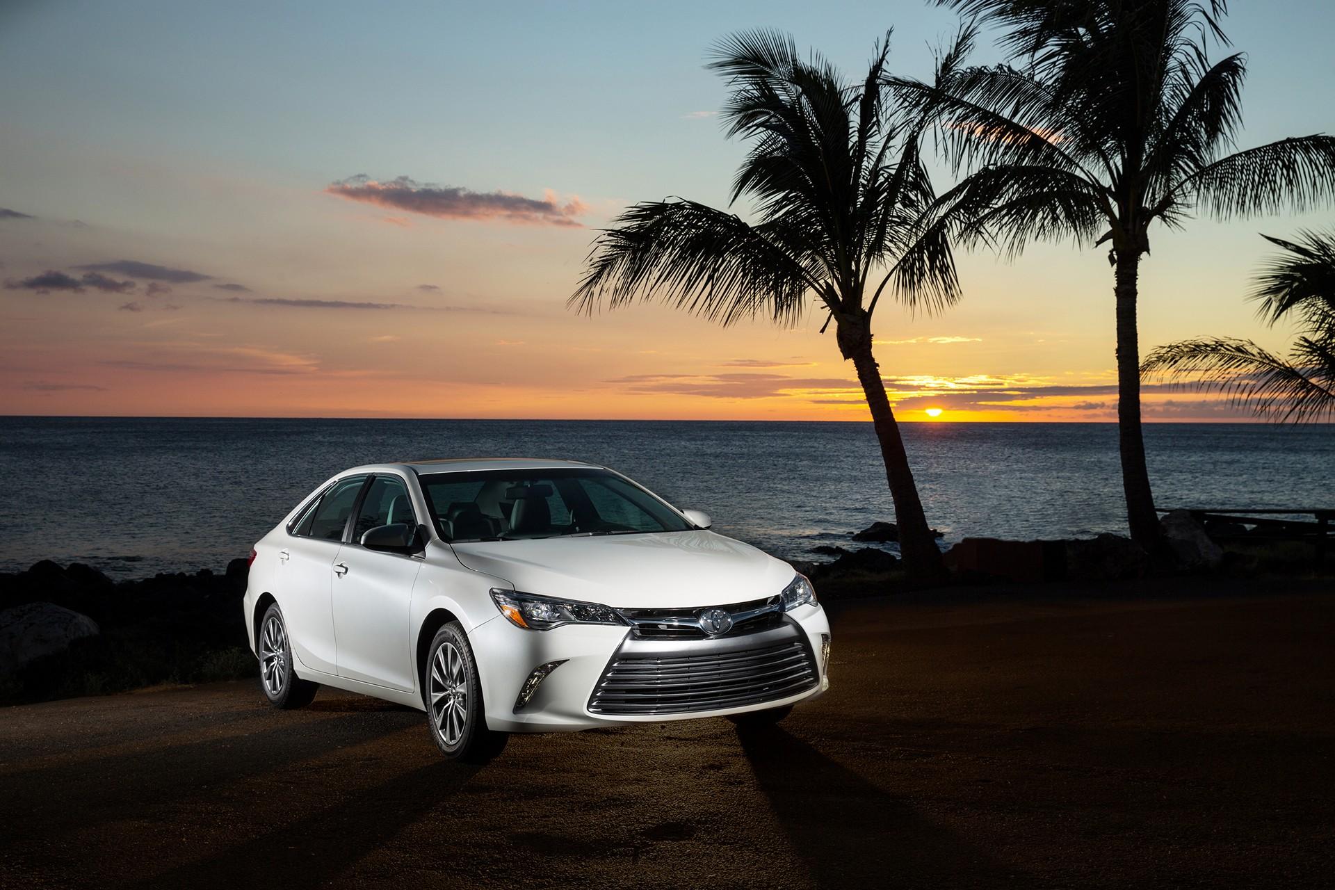 2016 Toyota Camry XLE © Toyota Motor Corporation
