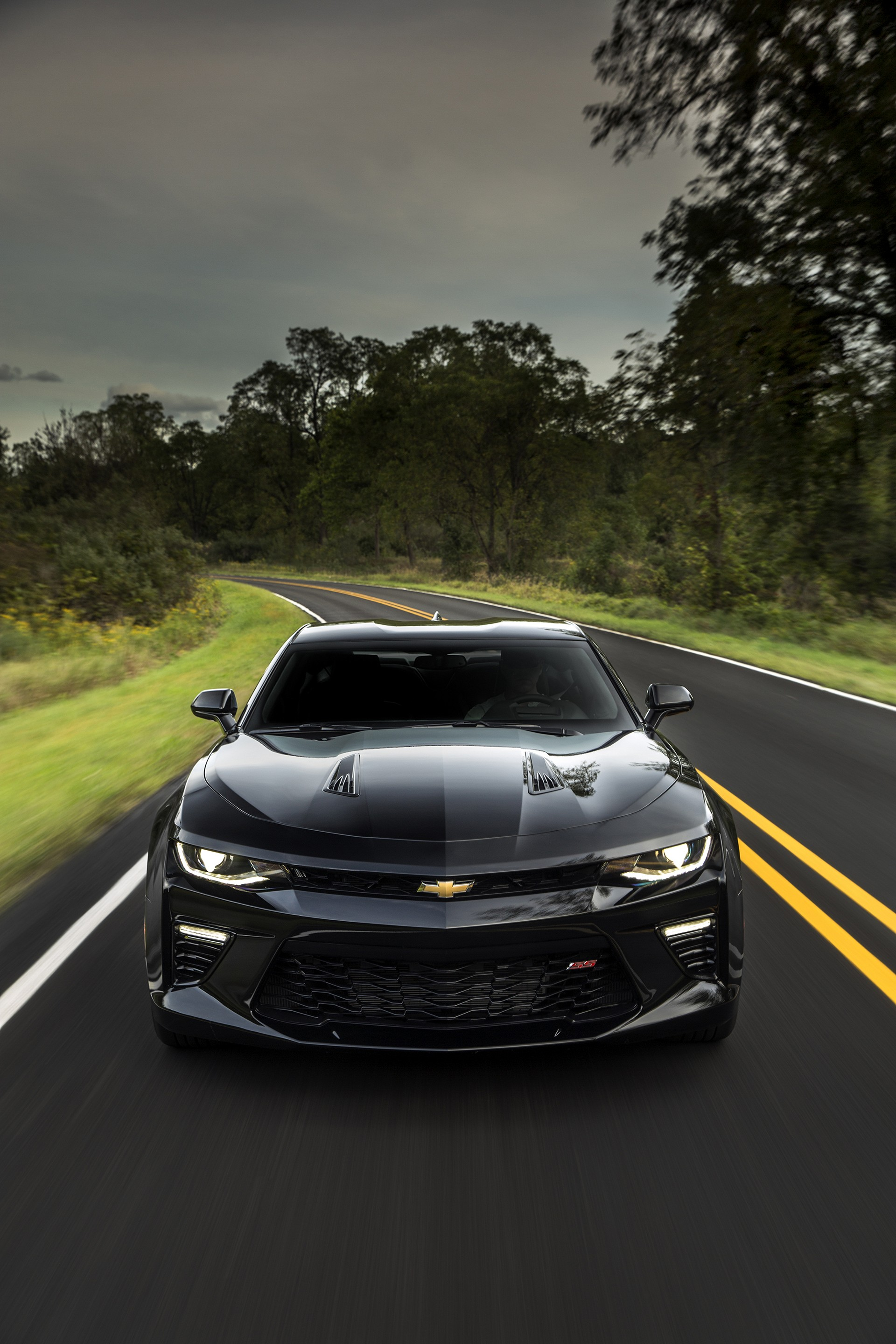 2016 chevrolet camaro review carrrs auto portal. Black Bedroom Furniture Sets. Home Design Ideas