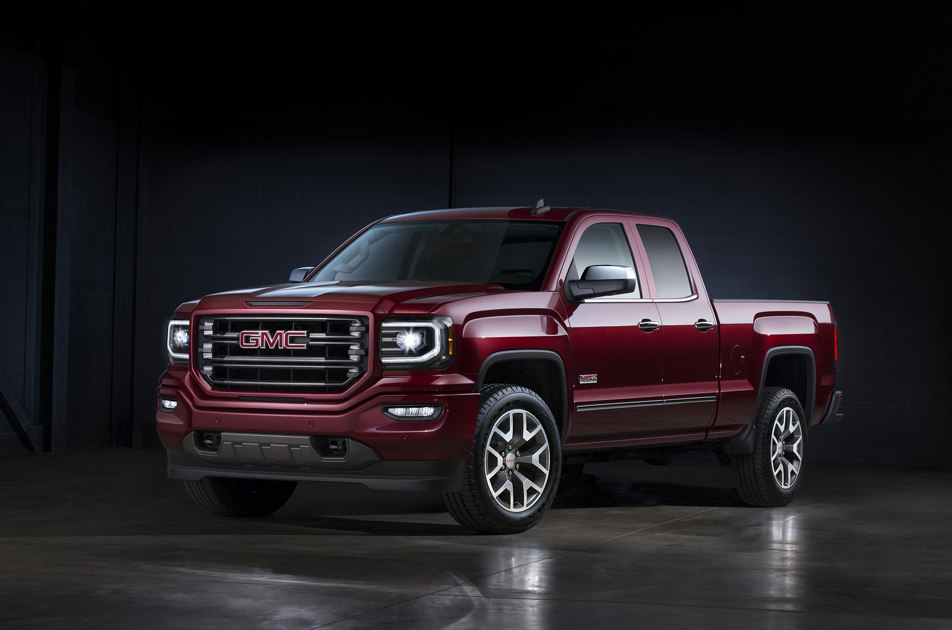 2016 gmc sierra sierra denali review carrrs auto portal. Black Bedroom Furniture Sets. Home Design Ideas