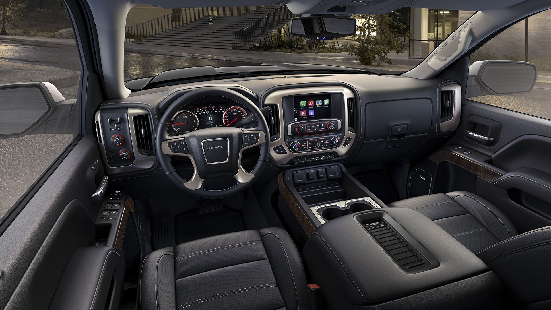 2016 GMC Sierra Denali Ultimate © General Motors