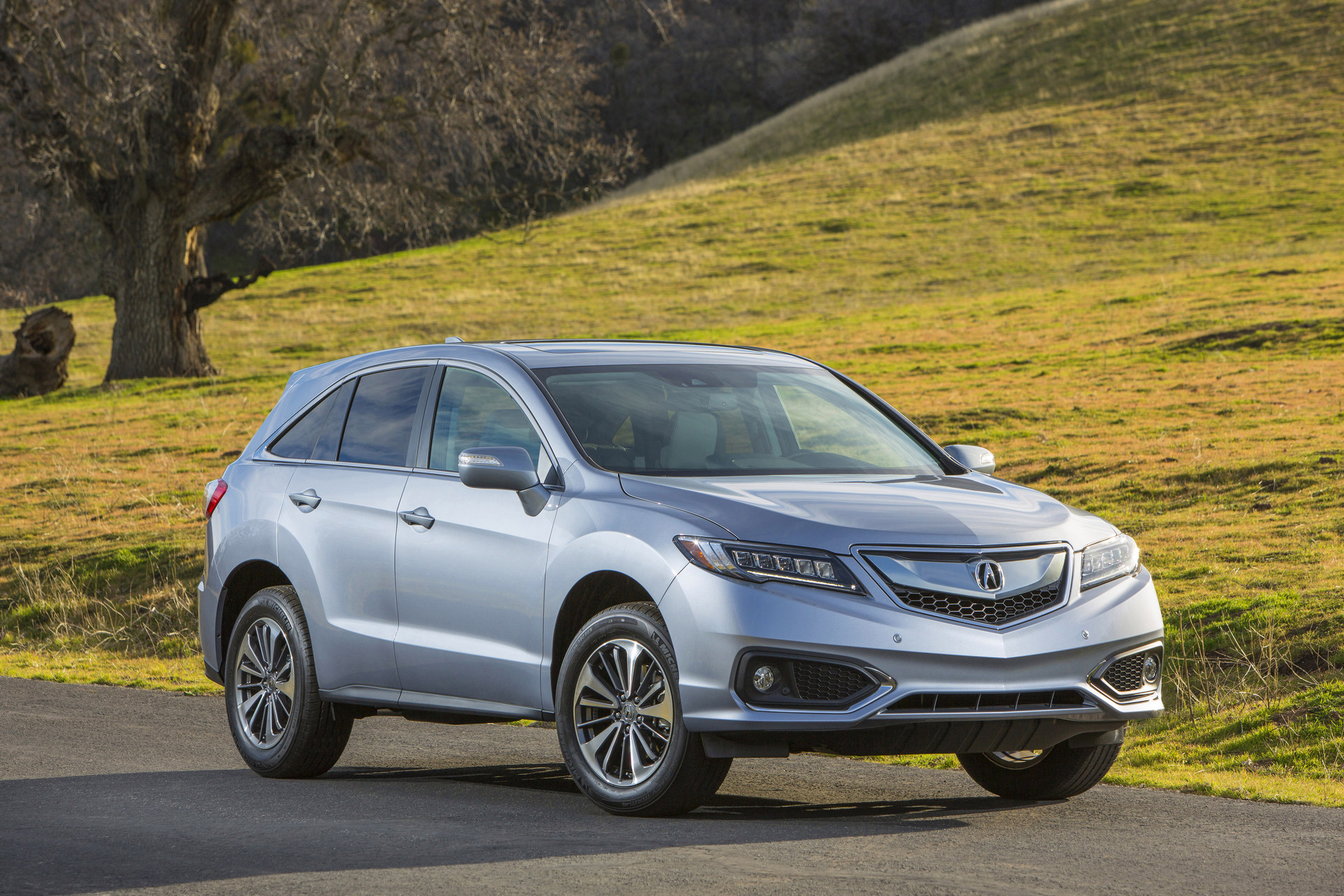 Top 15 Most American Suvs And Crossovers For 2016 Carrrs Auto Portal