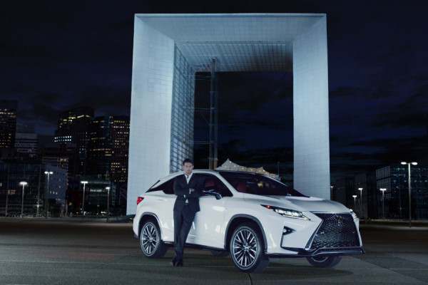 2016 Lexus RX Commercial: 'Beautiful Contrast' © Toyota Motor Corporation