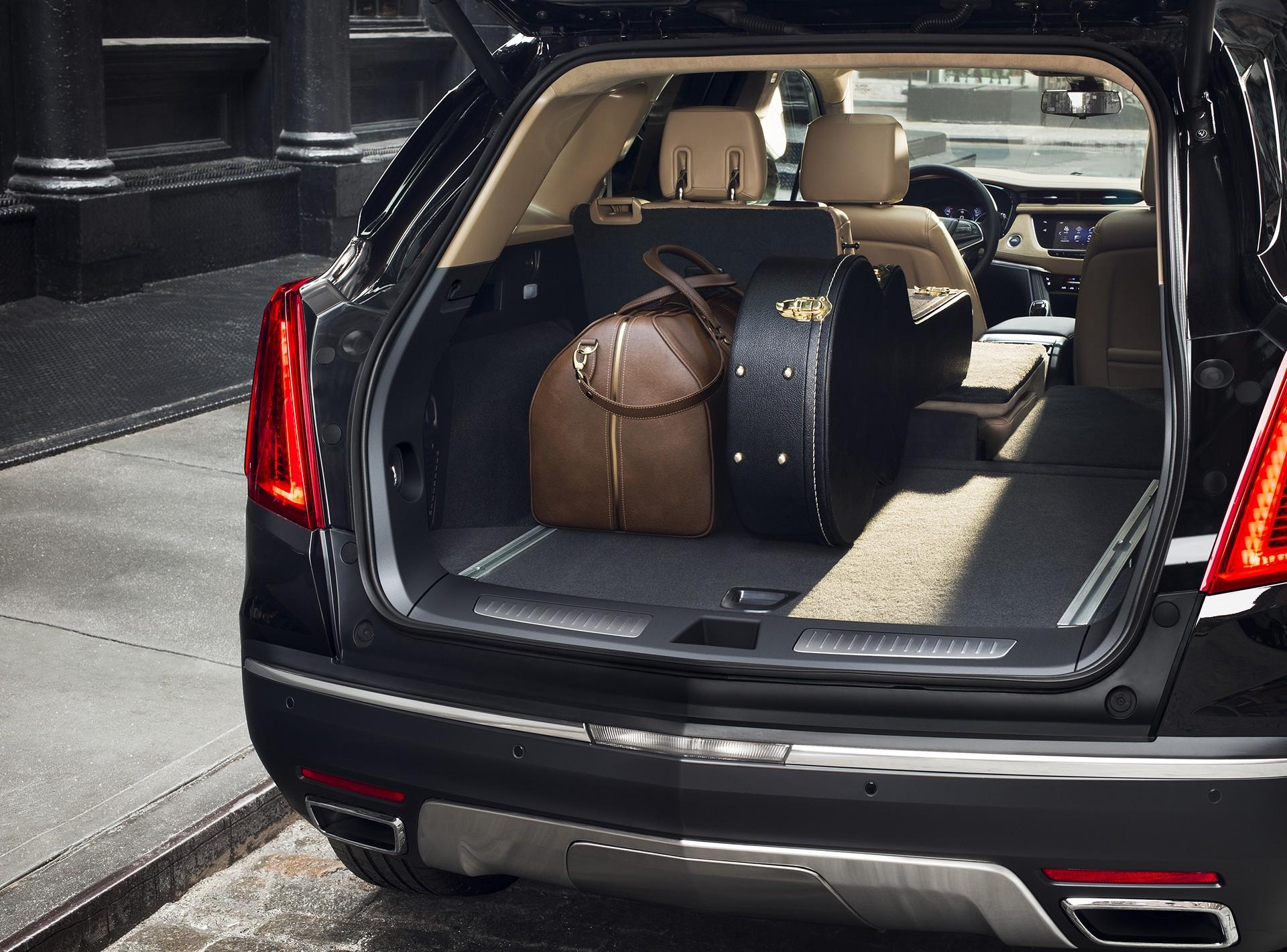 2017 Xt5 Cadillac >> 2017 Cadillac XT5 Review - Carrrs Auto Portal