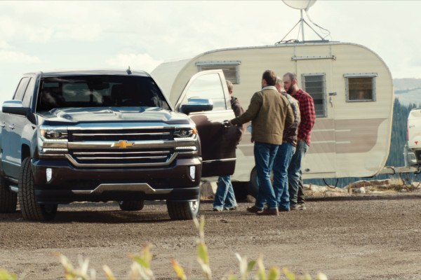 "Chevrolet's new spot ""Mobile Office"" continues the ""Real People, Not Actors"" campaign, offering © General Motors"