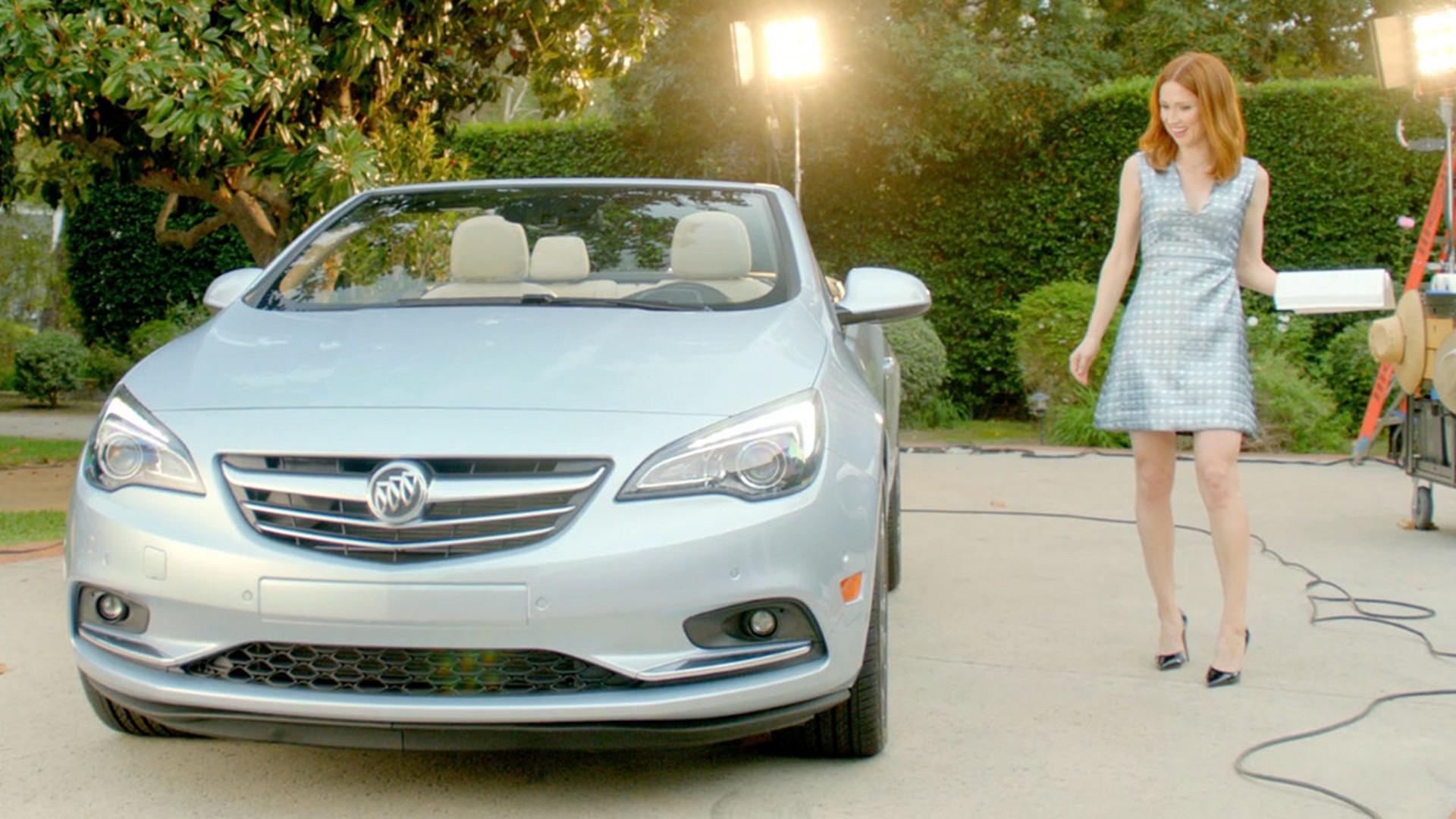 Unbreakable Kimmy Schmidt's Ellie Kemper Stars in Buick ...