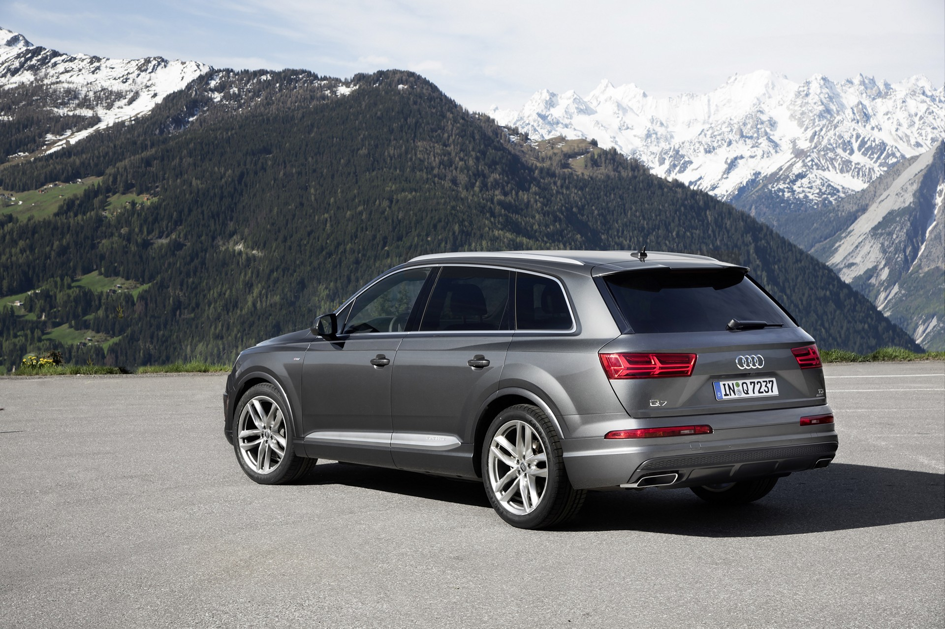 2016 Audi Q7 Review Carrrs Auto Portal