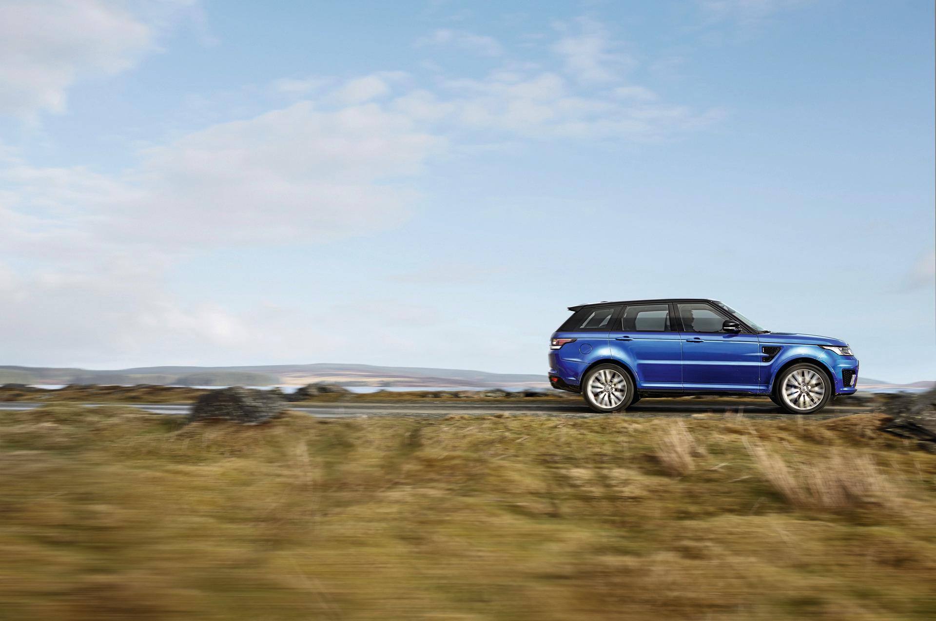 Who Makes The Range Rover Car Carrrs Auto Portal
