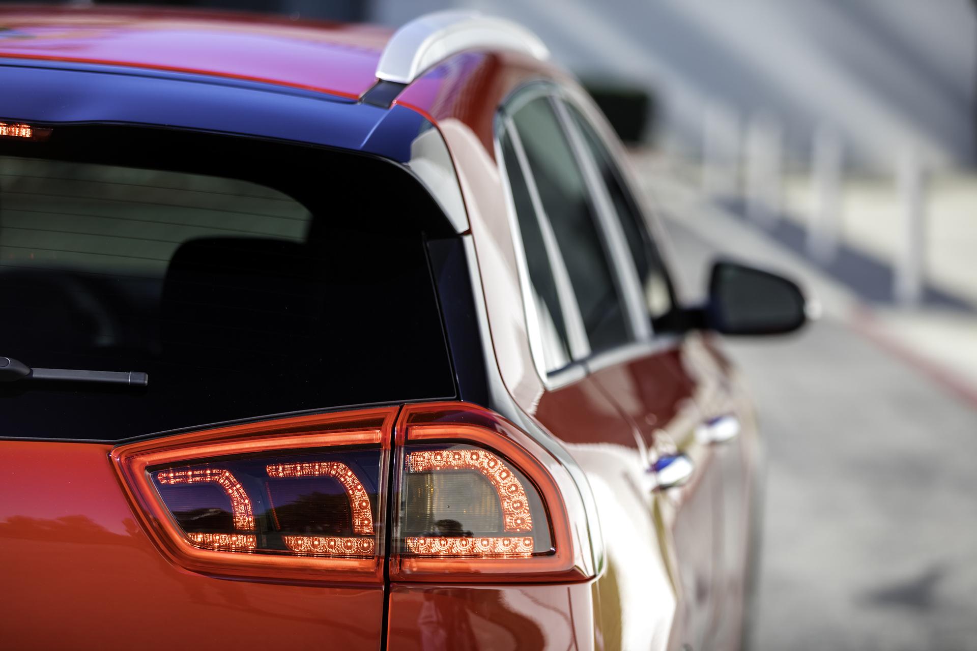 2017 Kia Niro Hybrid © Kia Motors