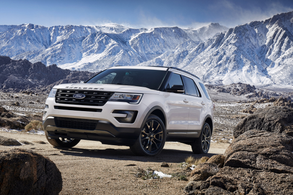 2017 Ford Explorer XLT Sport © Ford Motor Company