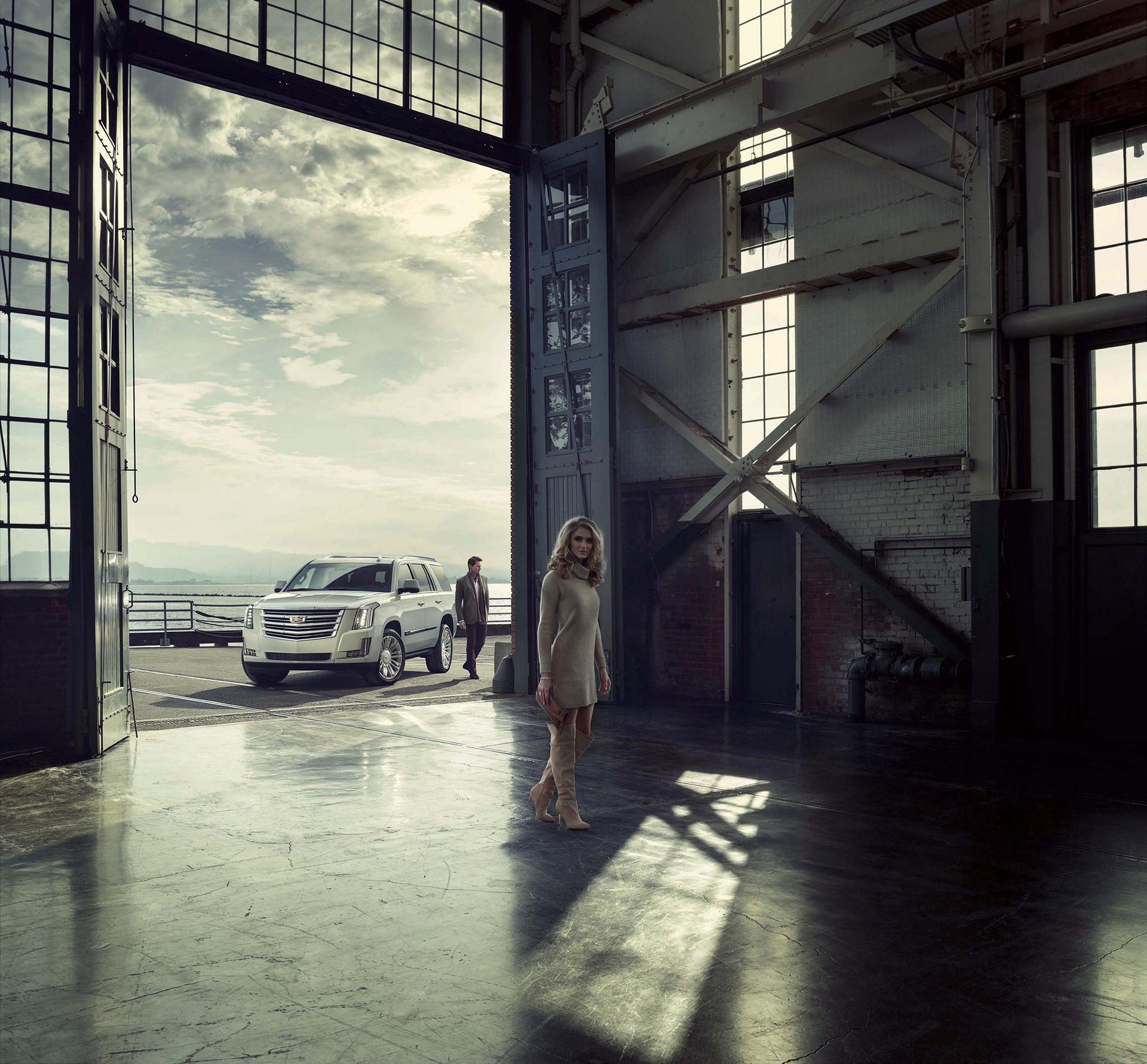 2016 Cadillac Escalade Platinum © General Motors