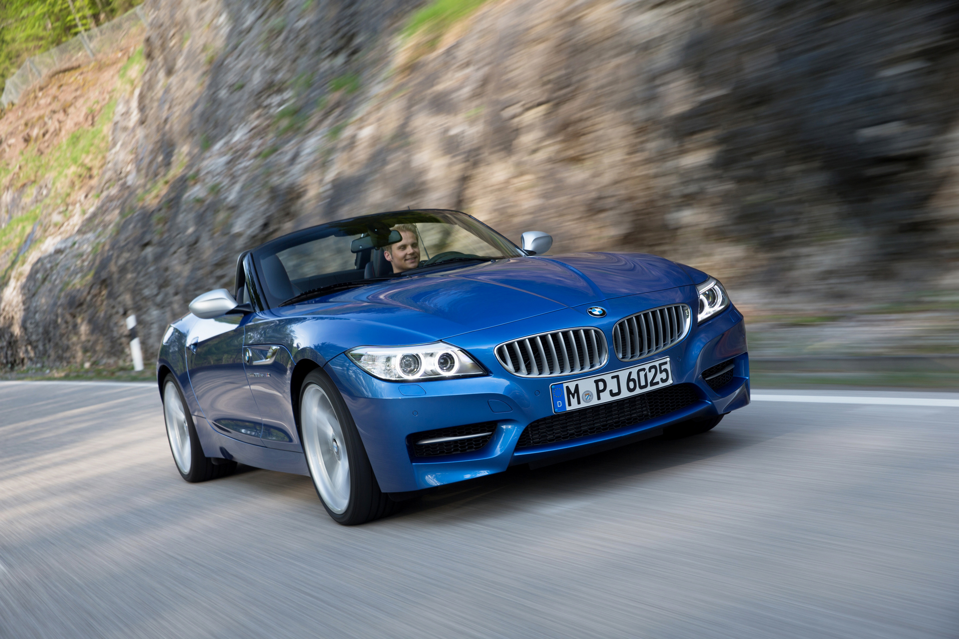Carrrs Auto Portal U003e Trend U003e Rating U003e Top 10 Sports Cars Under 50k U003e 2016  BMW Z4 Roadster © BMW AG