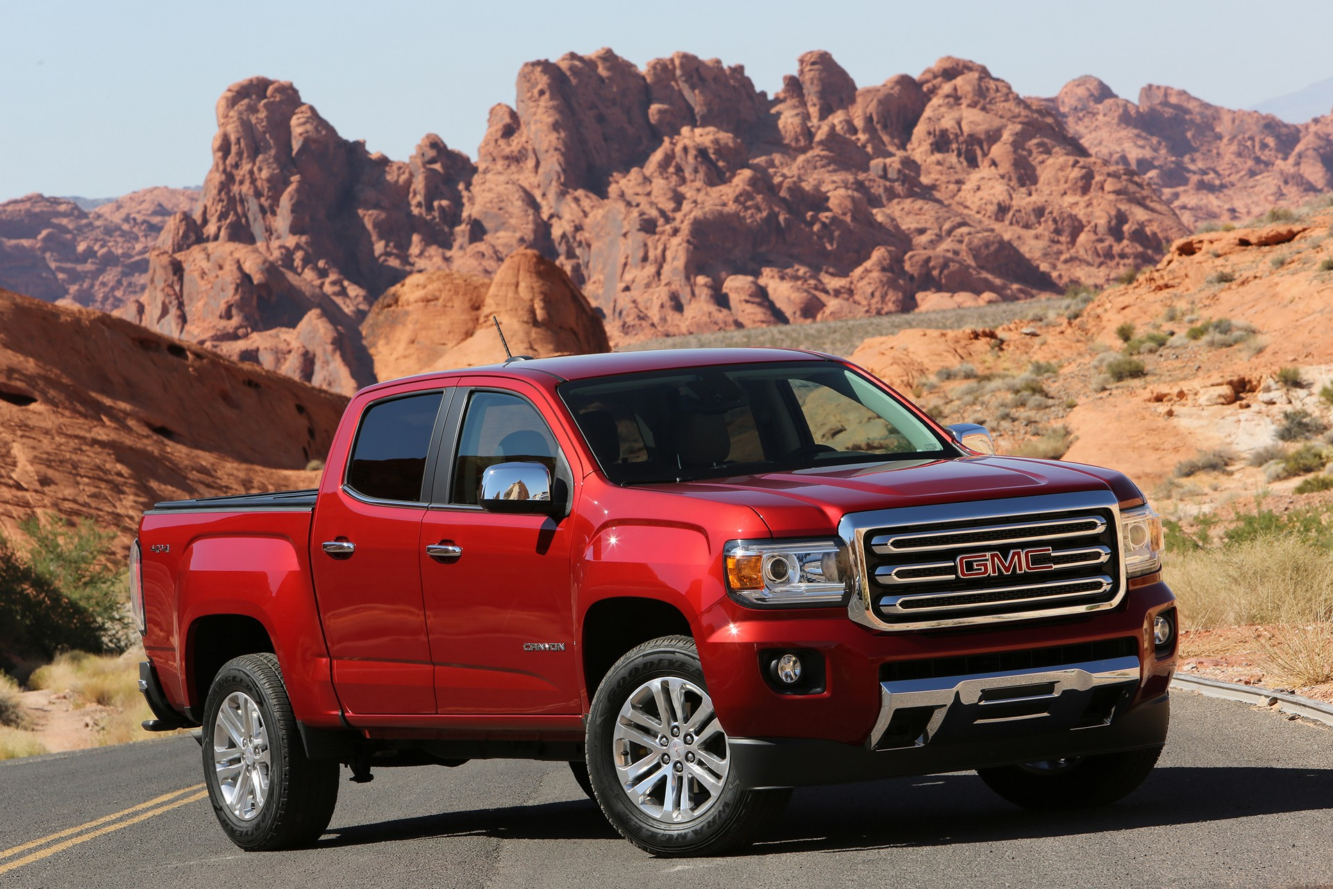 concept gmc reviews interior edmunds review canyon titan