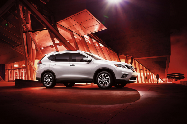 what year did the nissan rogue come out