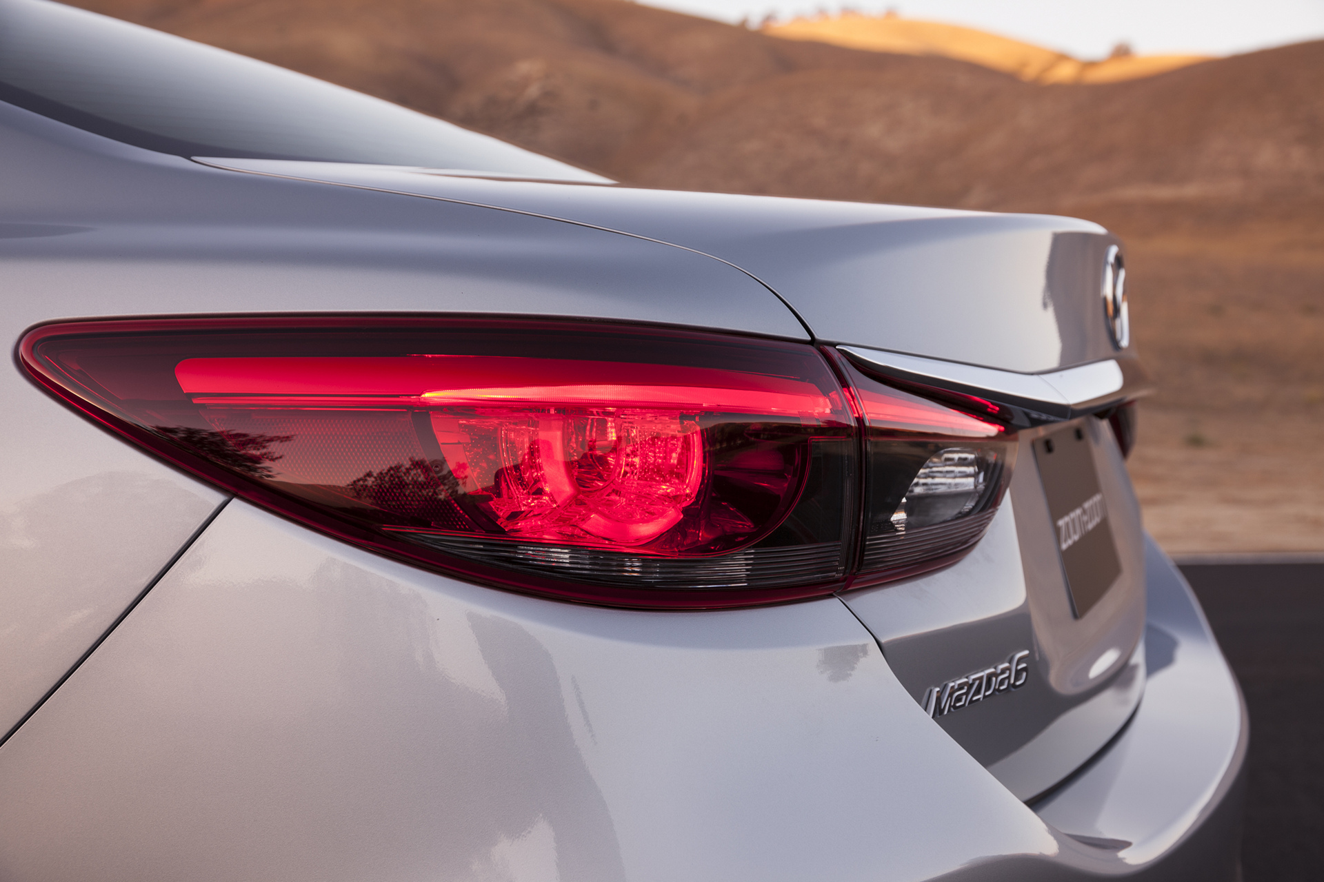 2016 Mazda6 © Mazda Motor Corporation