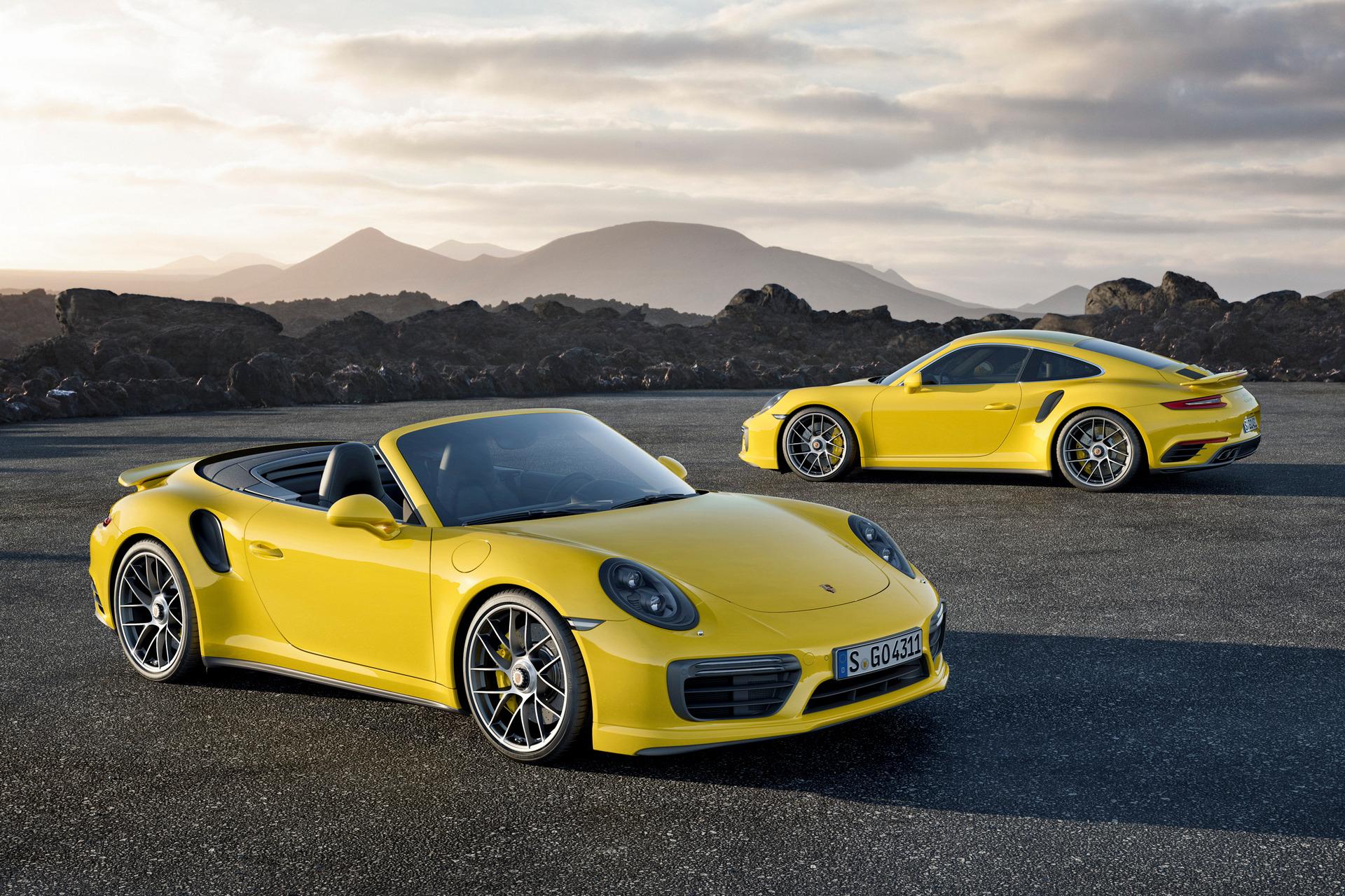 911 Turbo S und 911 Turbo S Cabriolet © Dr. Ing. h.c. F. Porsche AG