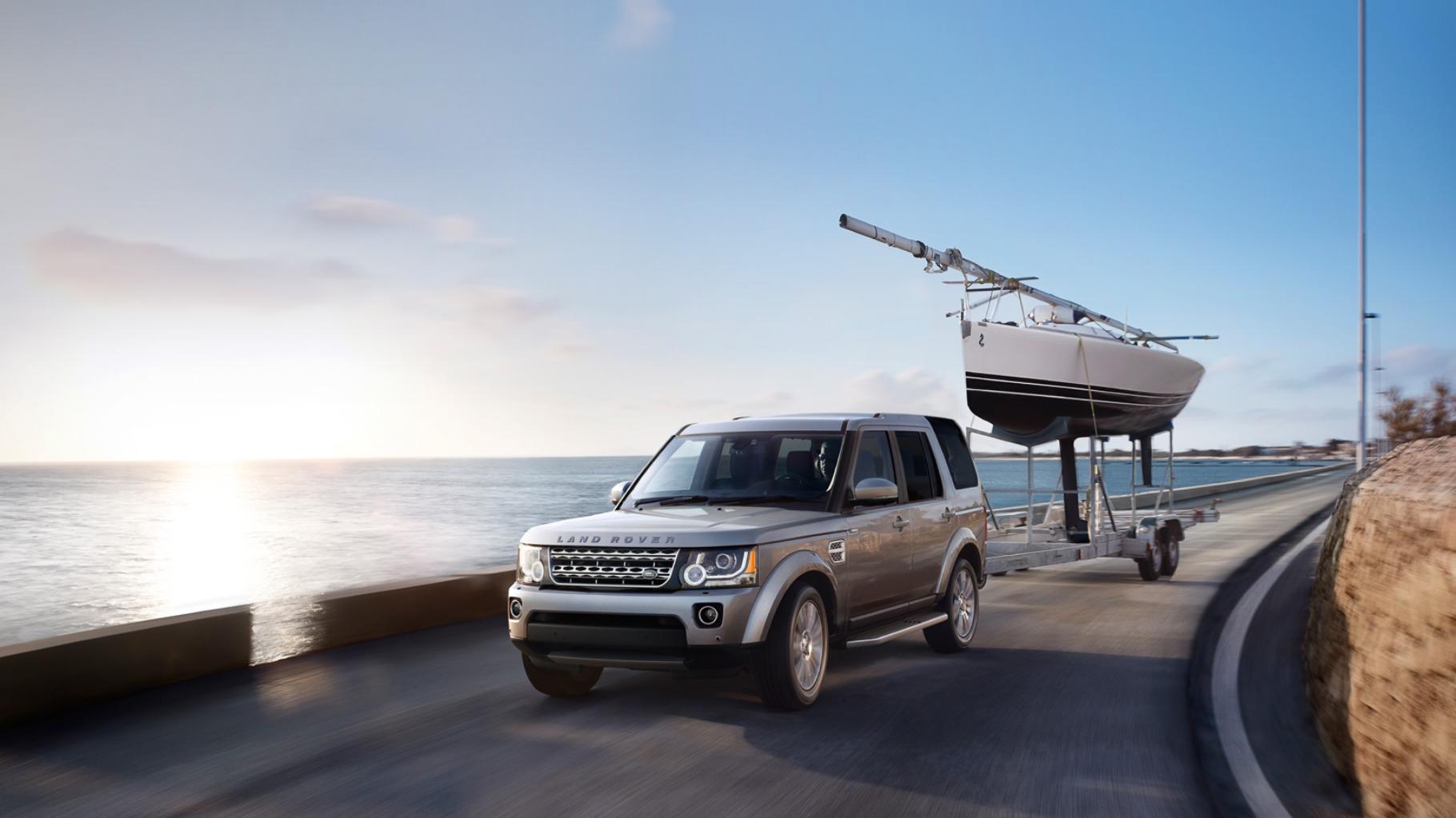 10 best seven seater suvs carrrs auto portal for Tata motors range rover