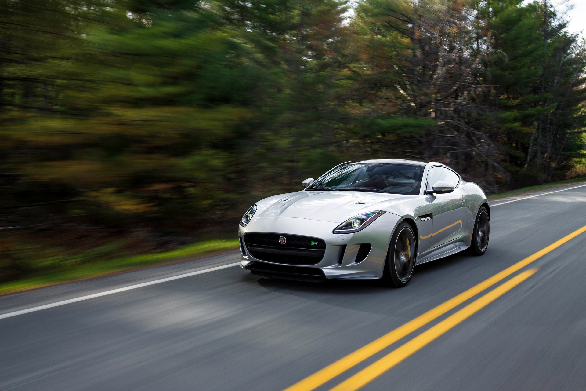 2016 Jaguar F-TYPE R © Tata Group