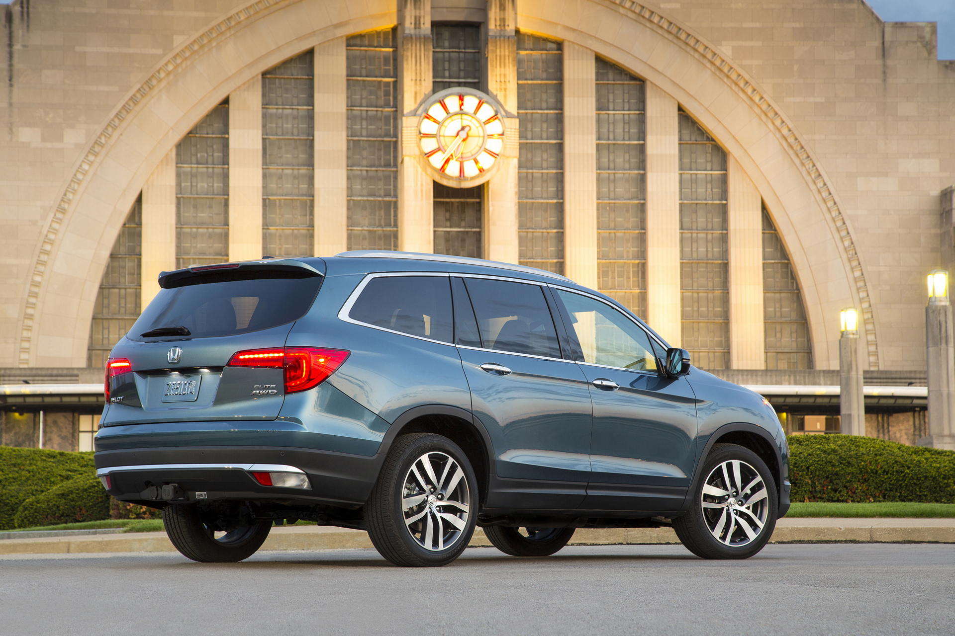 2016 Honda Pilot Review Carrrs Auto Portal