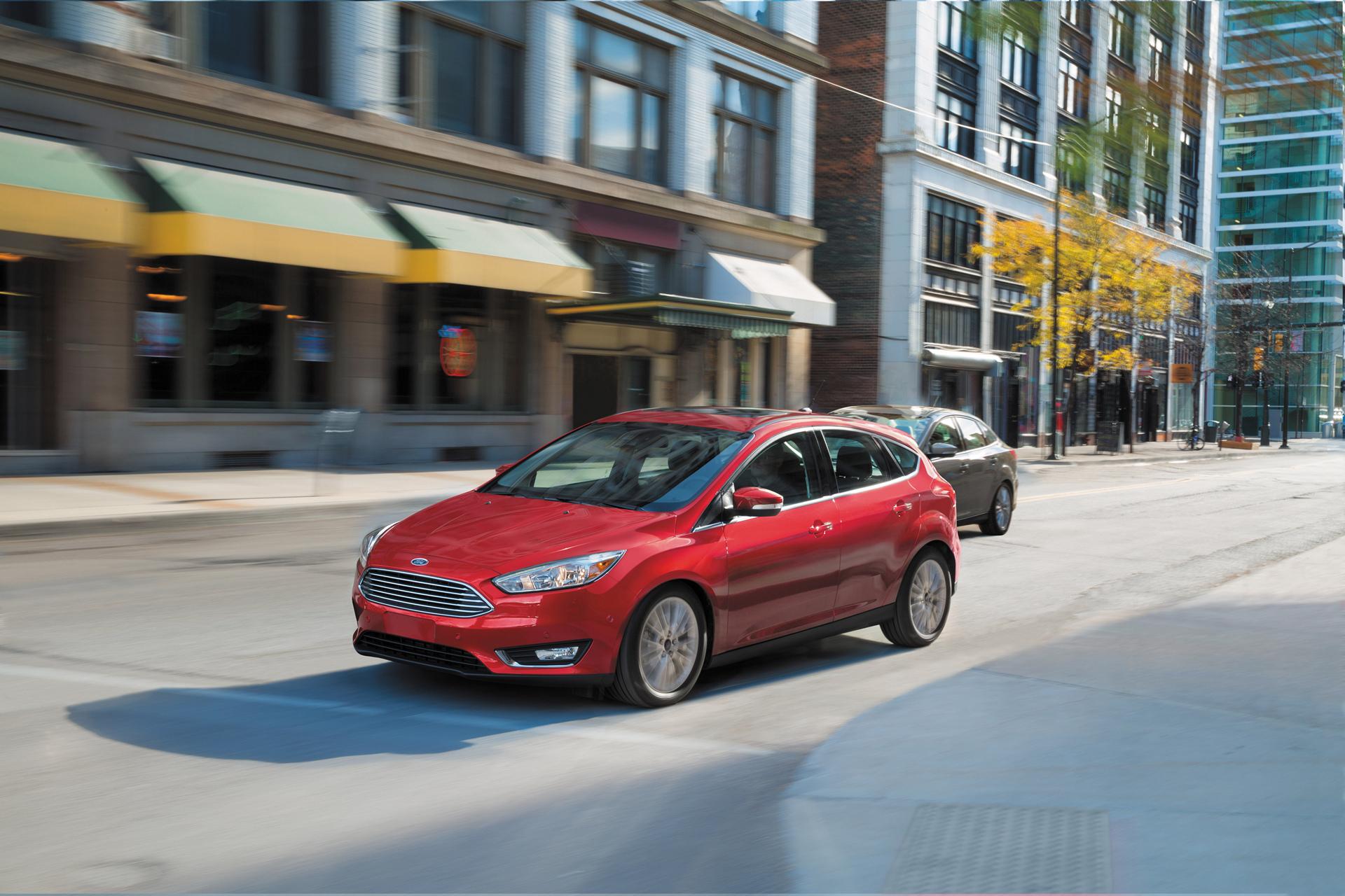 Ford готовит премьеру нового кроссовера Focus CUV