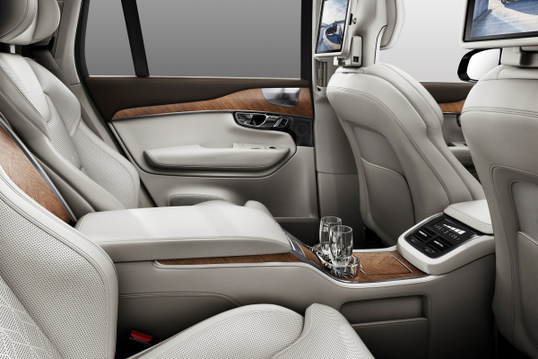 Volvo XC90 Excellence © Volkswagen AG