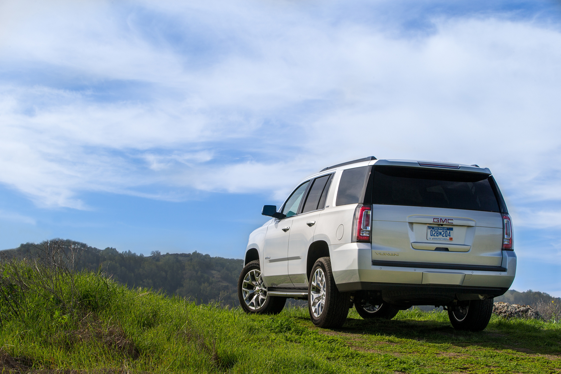 2016 GMC Yukon SLT © General Motors