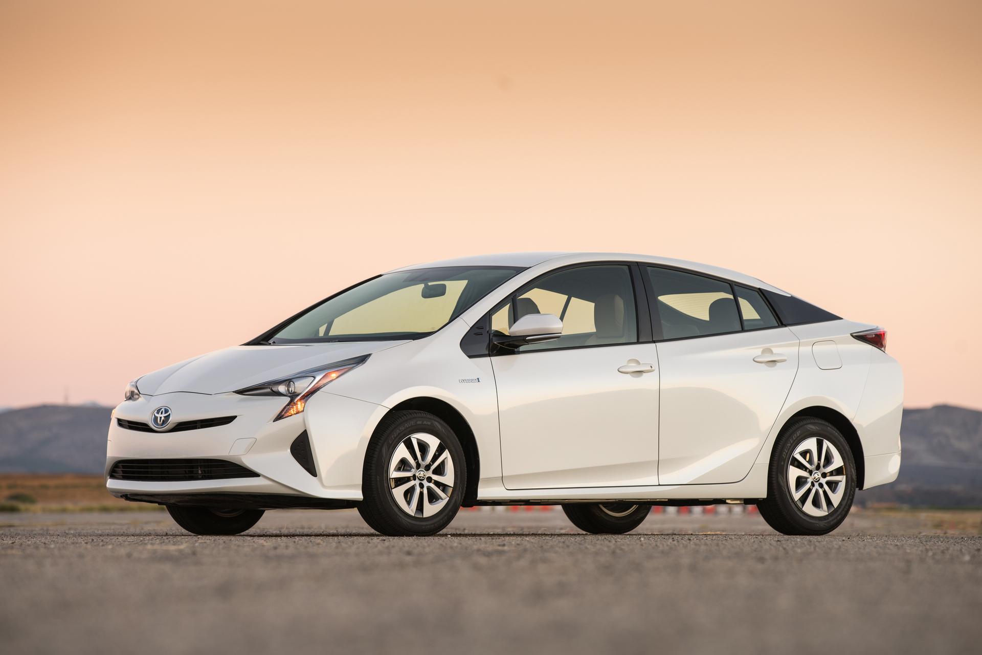 Toyota RAV4 (Тойота РАВ4) - цена, отзывы, характеристики ...