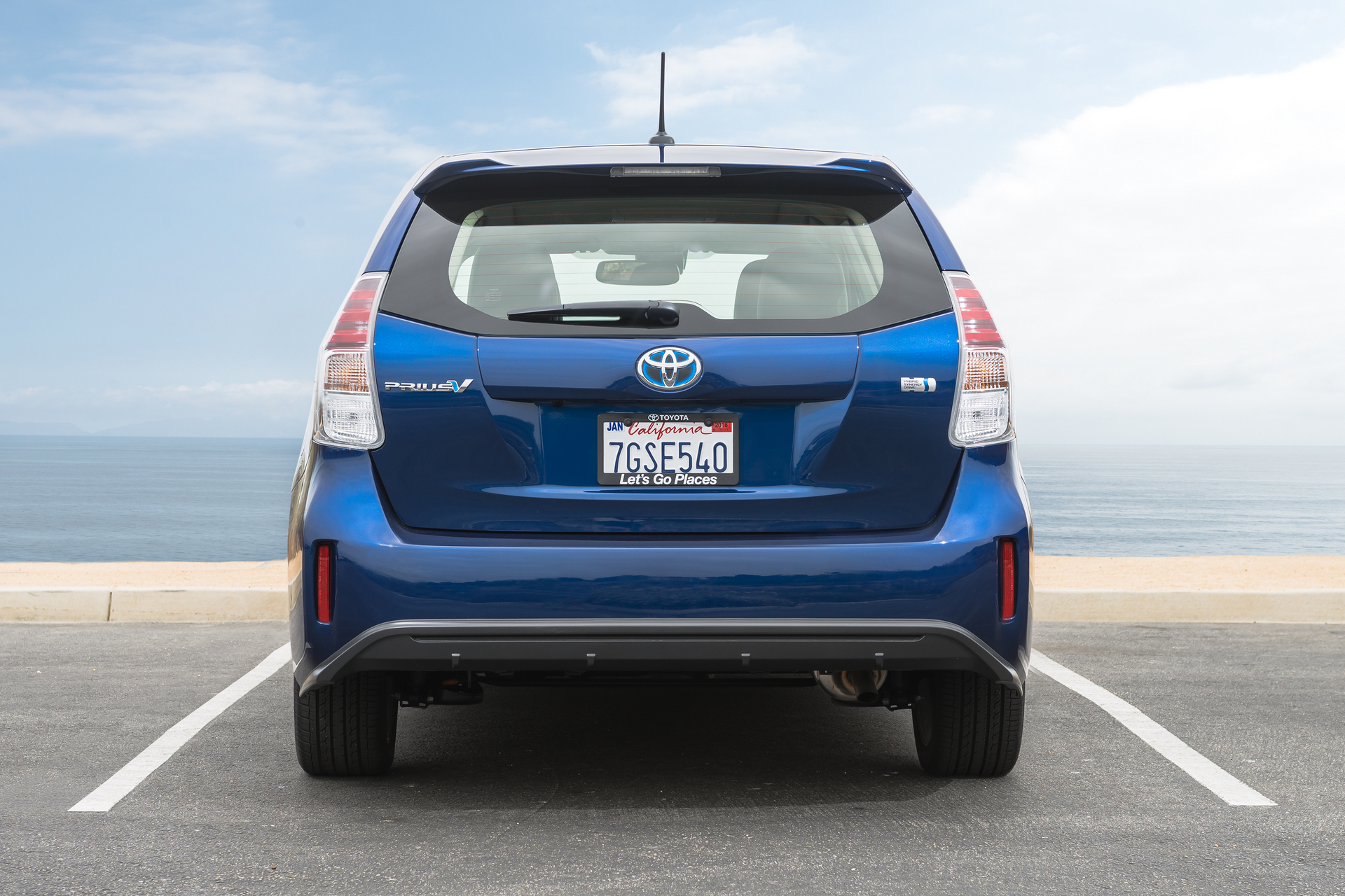 The Most Spacious Cars with Good Gas Mileage - Carrrs Auto ...