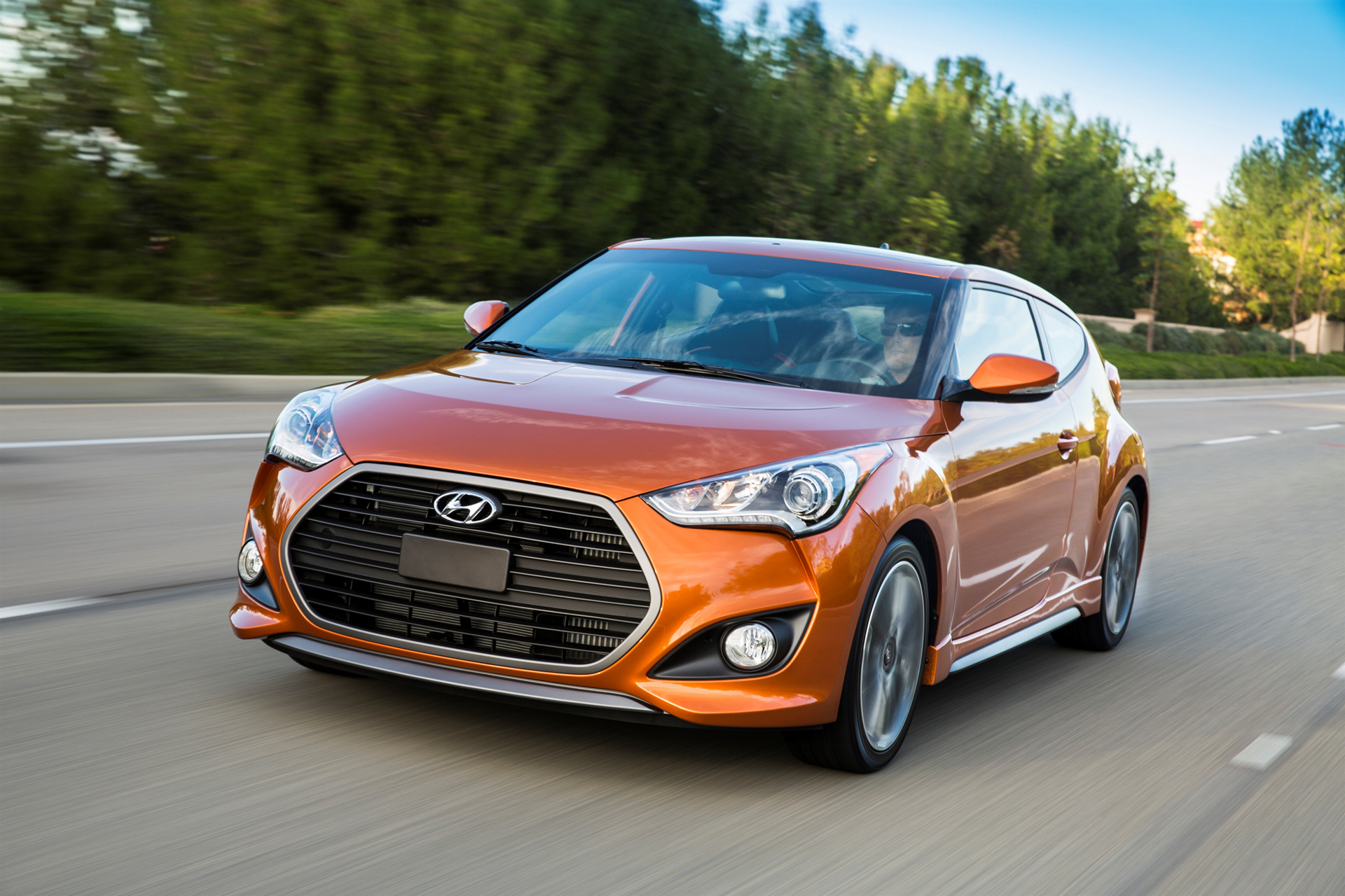 2016 hyundai veloster review carrrs auto portal. Black Bedroom Furniture Sets. Home Design Ideas