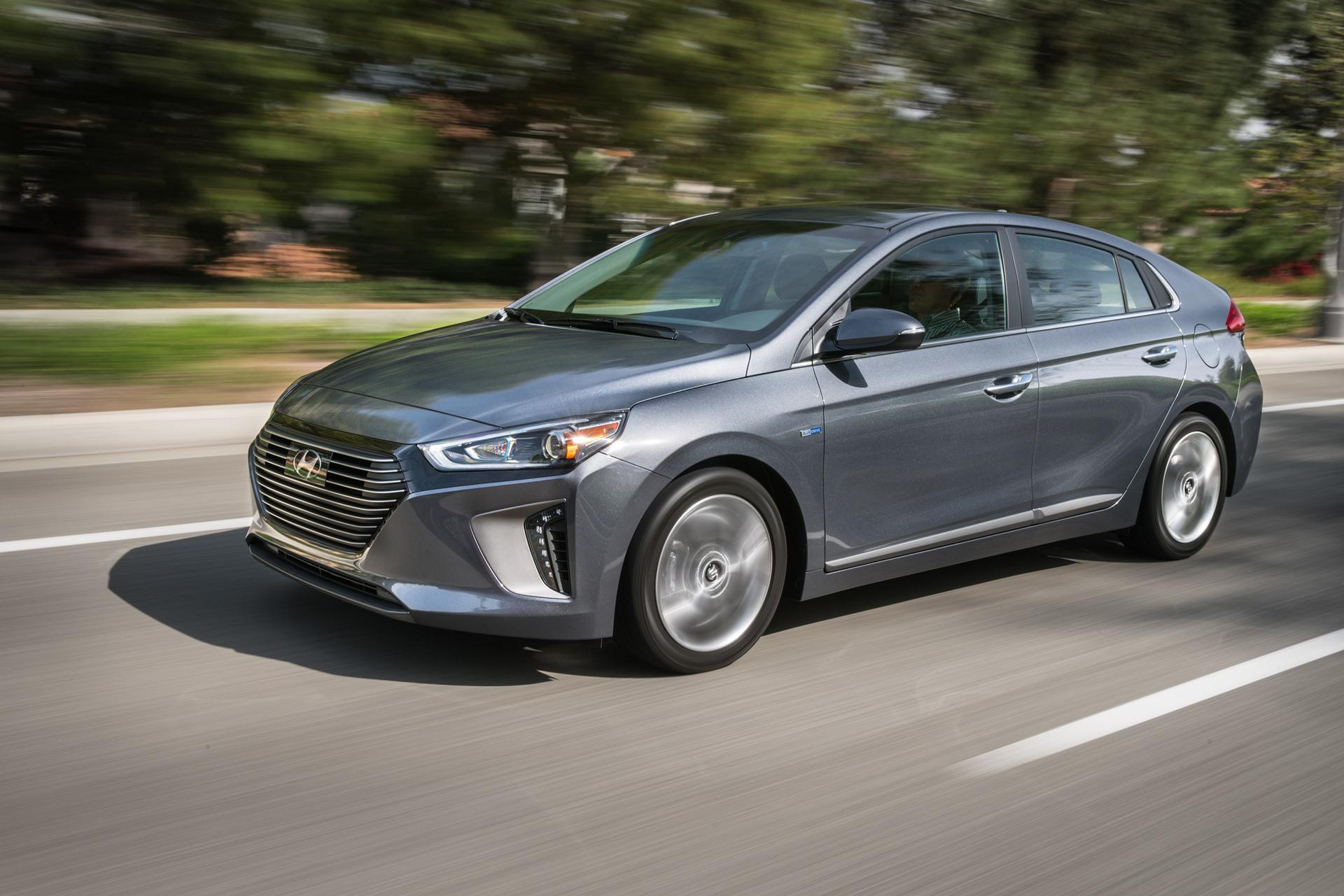 2017 Hyundai IONIQ Hybrid © Hyundai Motor Company