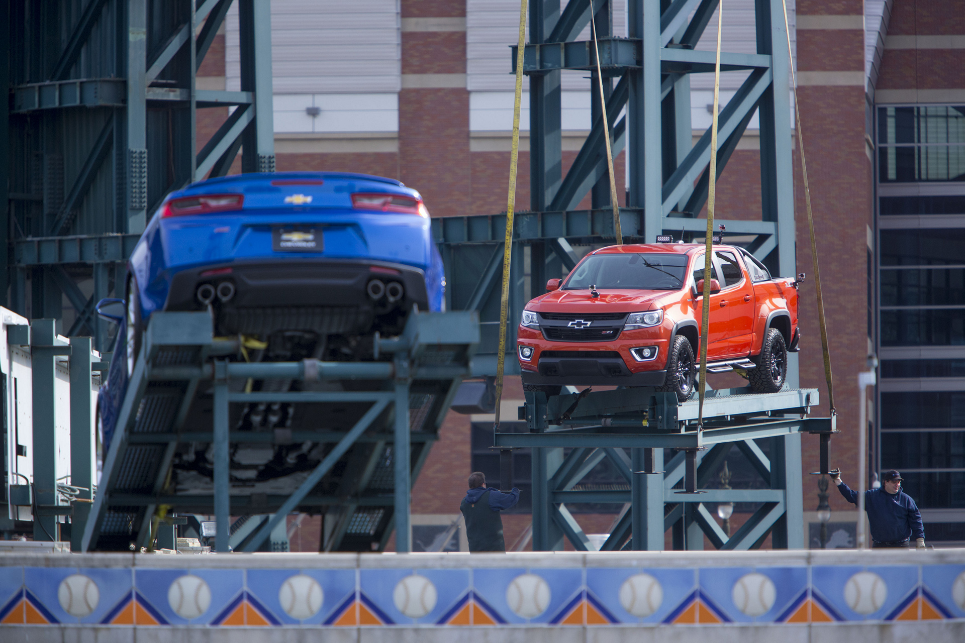 Chevrolet Vehicles Loaded Onto Comerica Park Fountain © General Motors