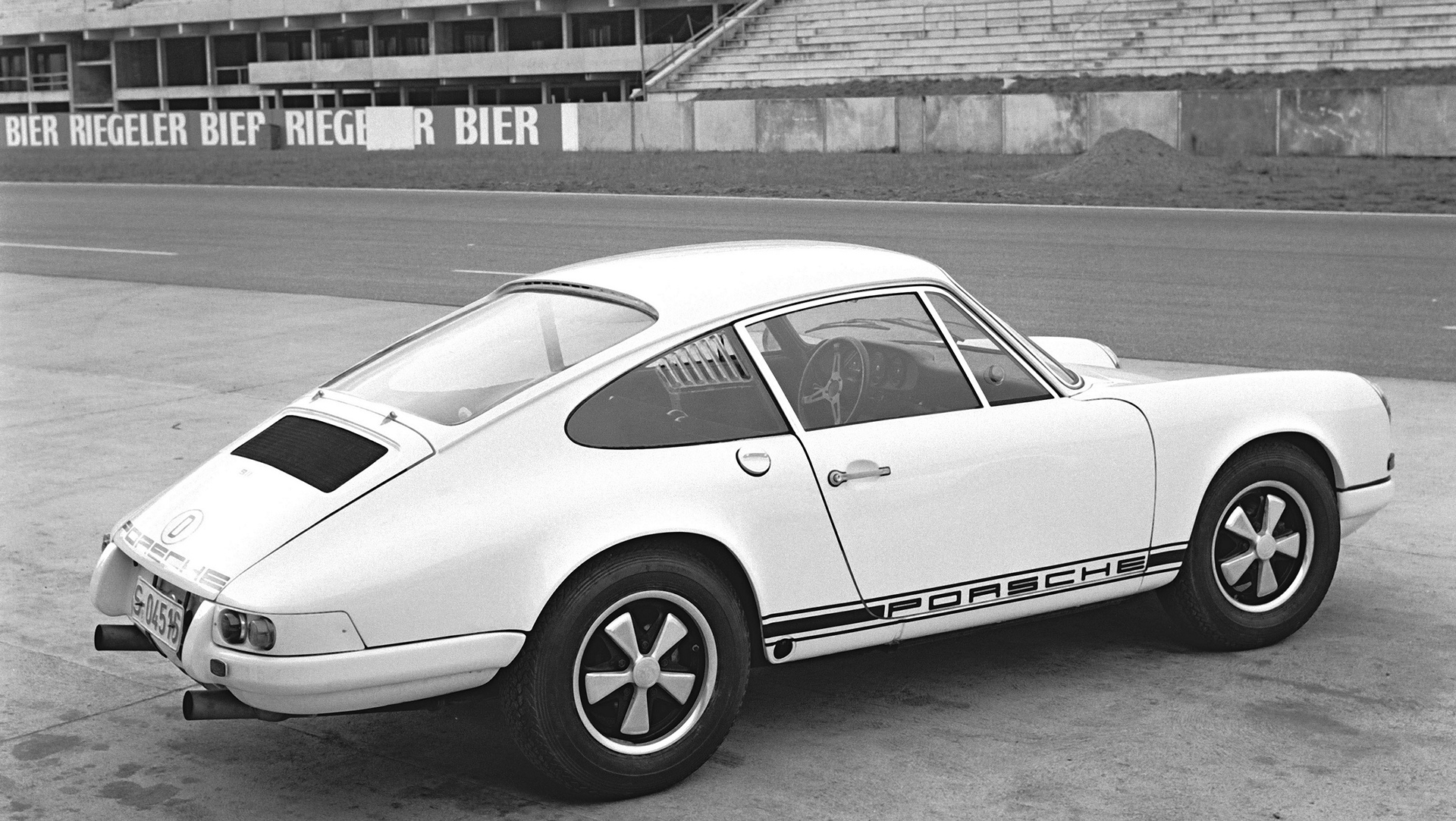 Porsche 911 R, Press preview in Hockenheim, December 1967 © Dr. Ing. h.c. F. Porsche AG