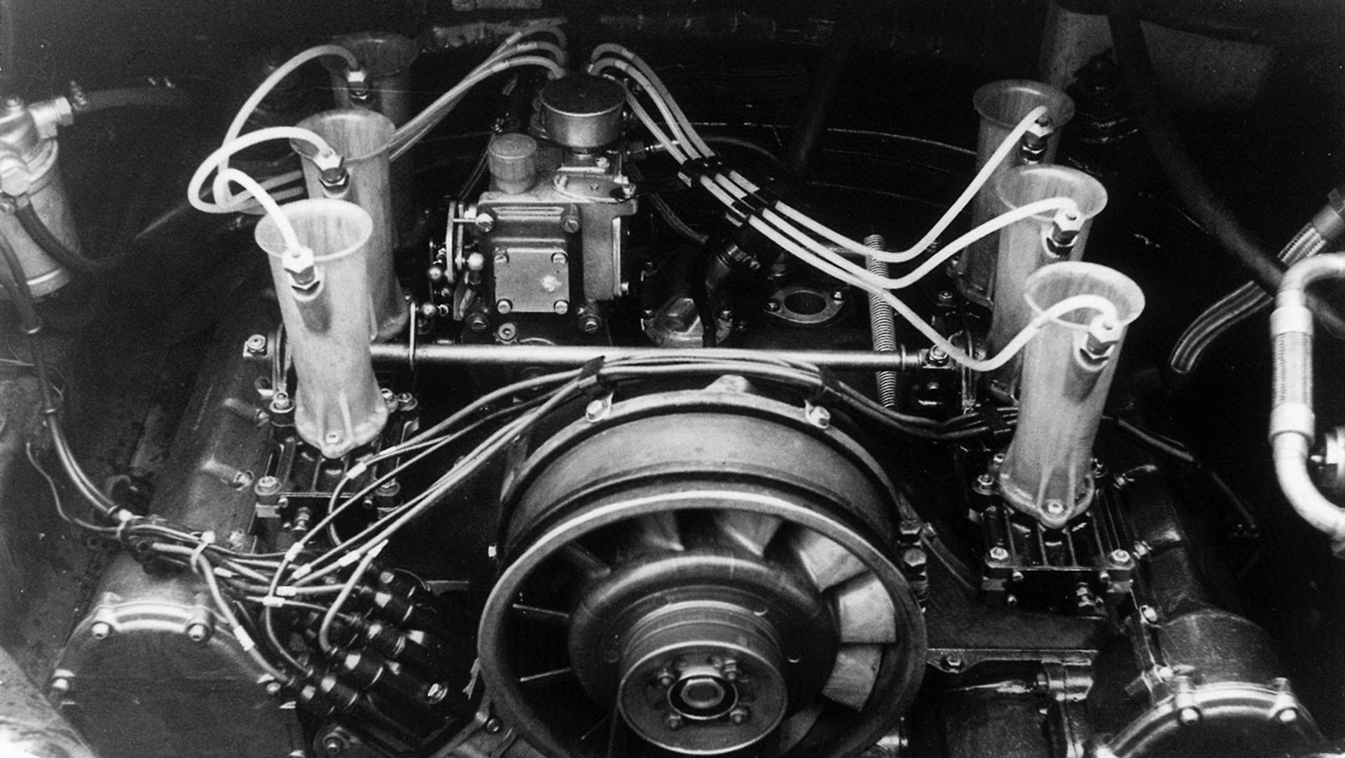 Six-cylinder engine 911 R 2,0 Coupé, 1967 © Dr. Ing. h.c. F. Porsche AG