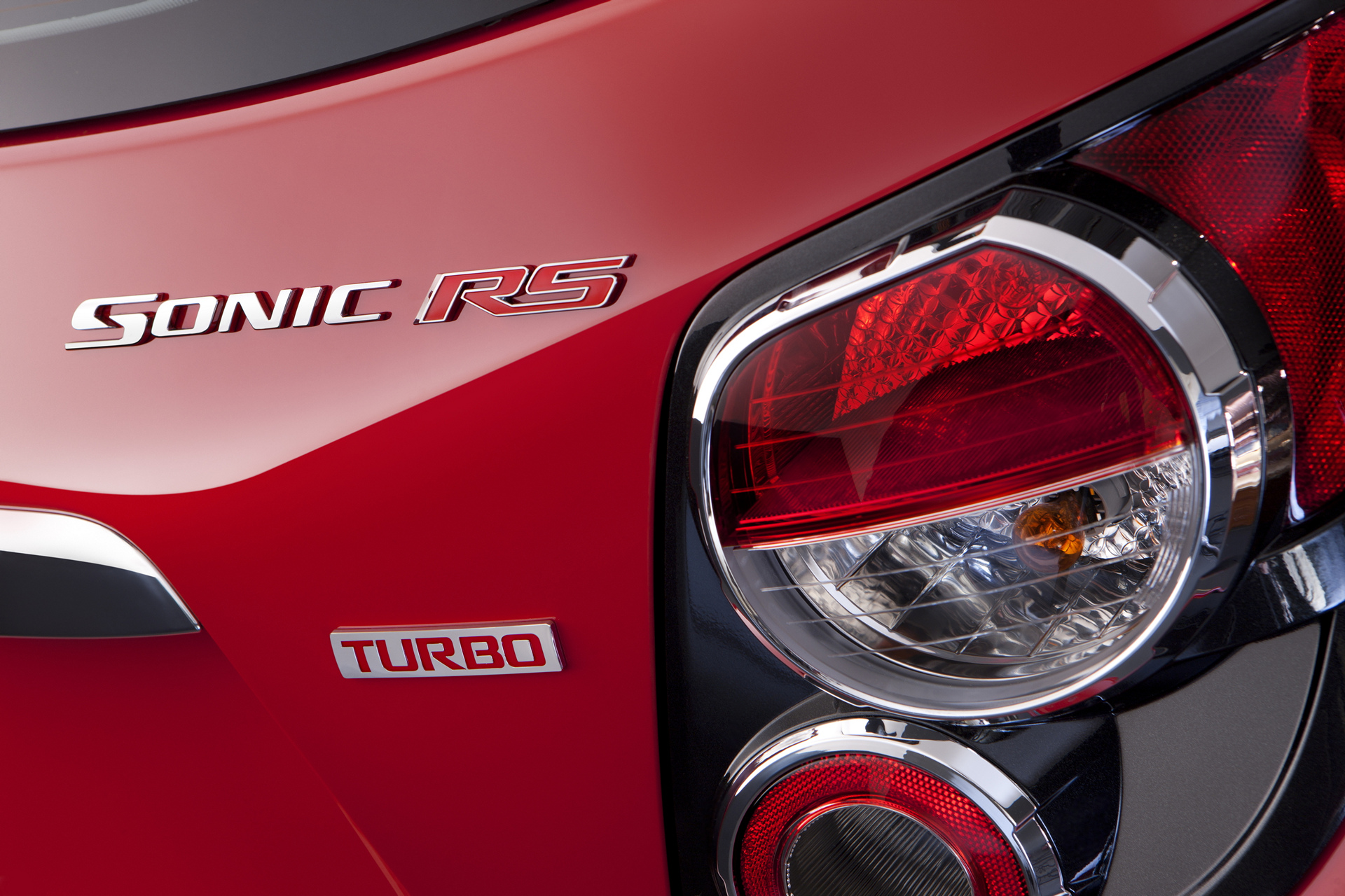 2016 Chevrolet Sonic RS © General Motors