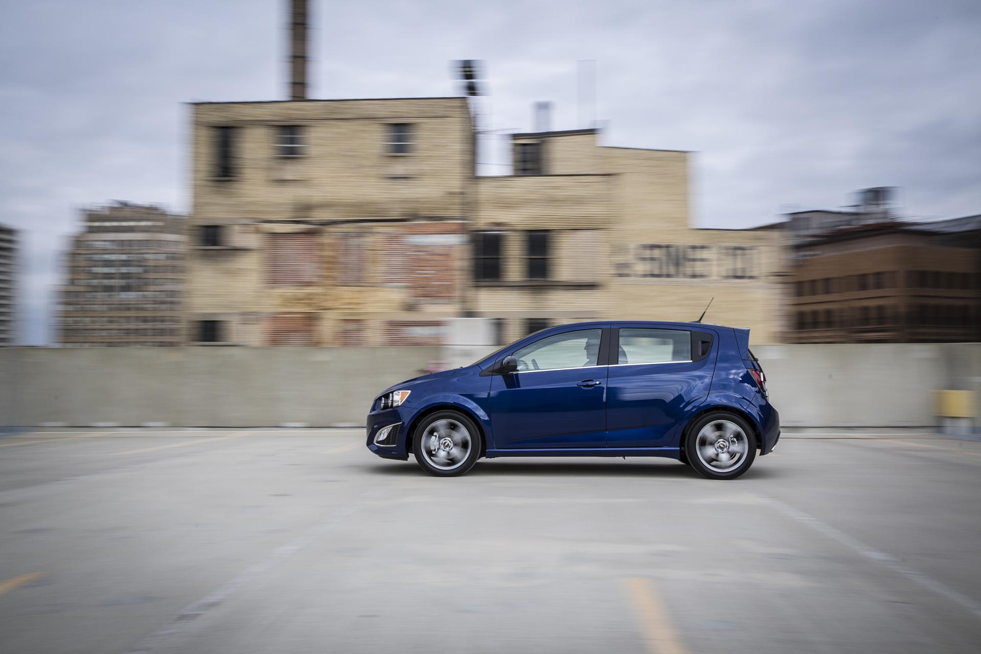 2016 Sonic RS Hatchback in Blue Topaz © General Motors