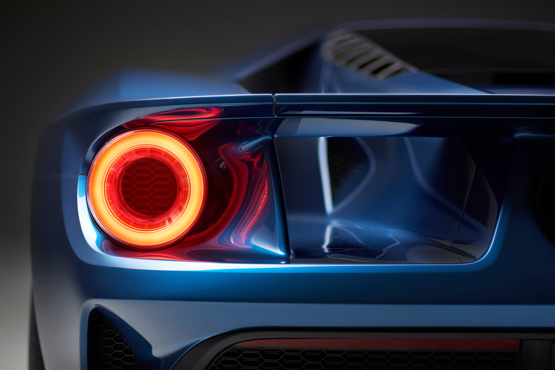 how much will the ford gt cost