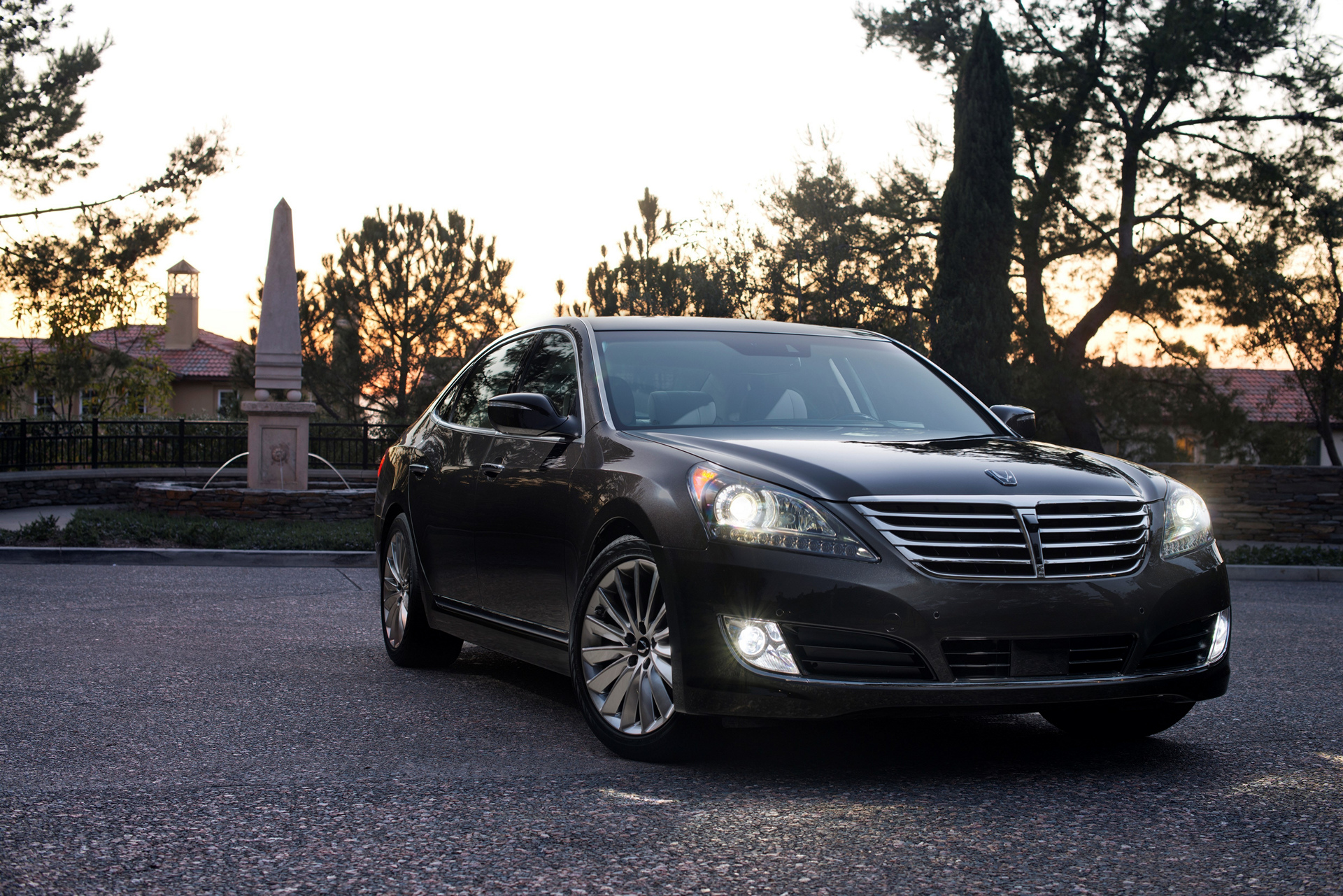 2016 hyundai equus review carrrs auto portal. Black Bedroom Furniture Sets. Home Design Ideas
