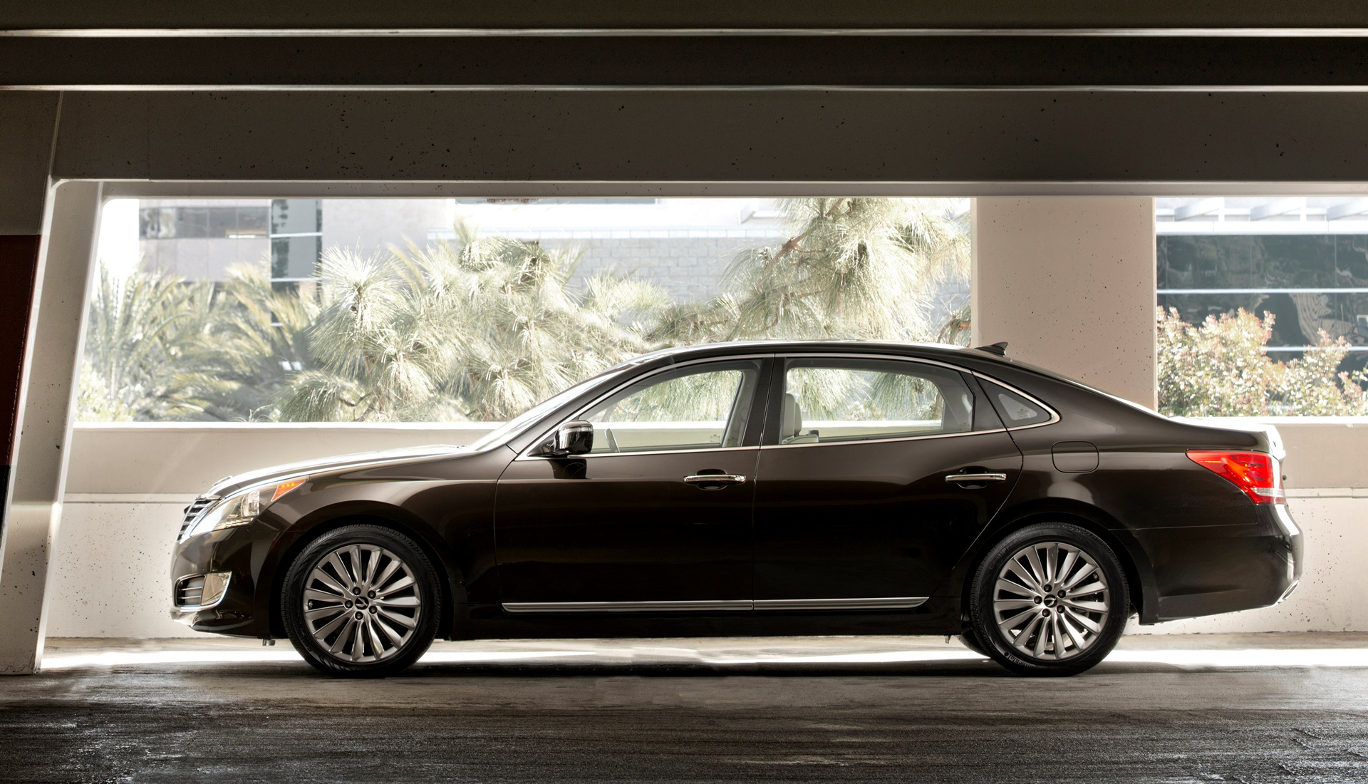 2016 hyundai equus review carrrs auto portal. Black Bedroom Furniture Sets. Home Design Ideas