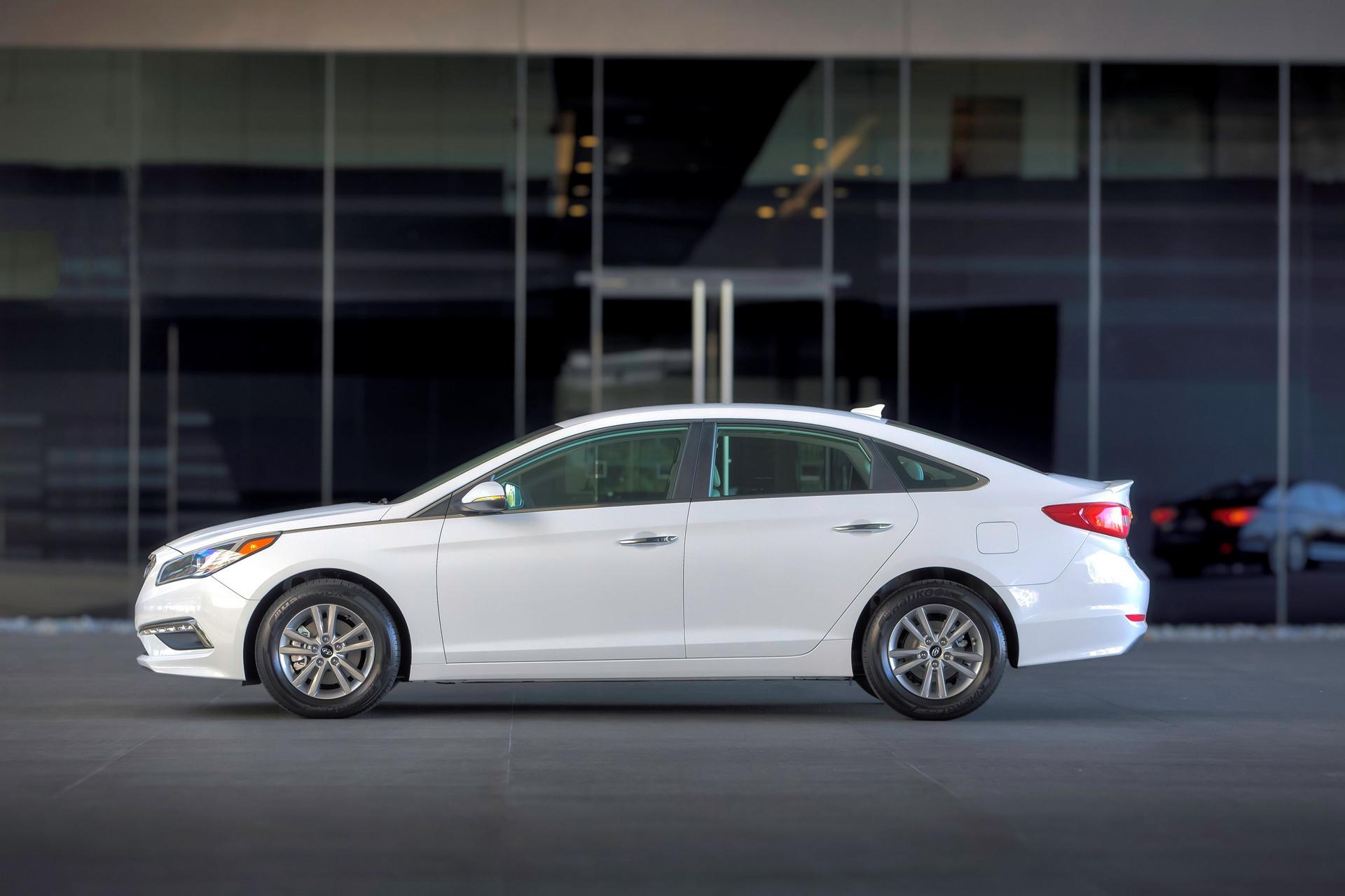 2016 Hyundai Sonata Eco © Hyundai Motor Company