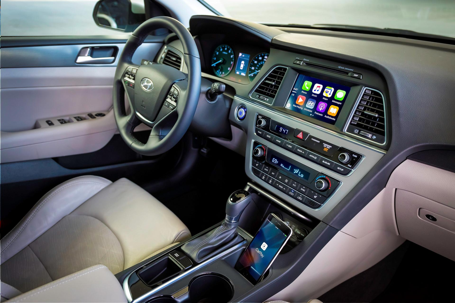 Hyundai Adds Apple Carplay Support to 2016 Sonata © Hyundai Motor Company