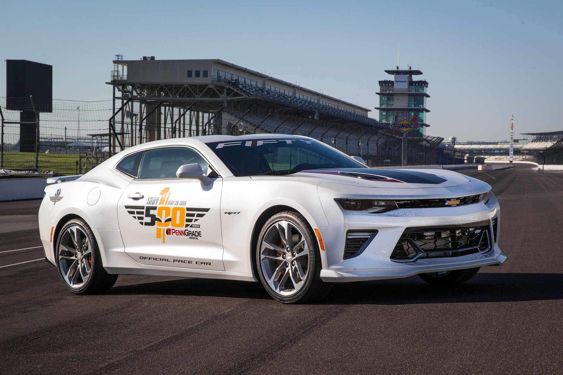 50th anniversary camaro ss to pace indianapolis 500 carrrs auto portal. Black Bedroom Furniture Sets. Home Design Ideas