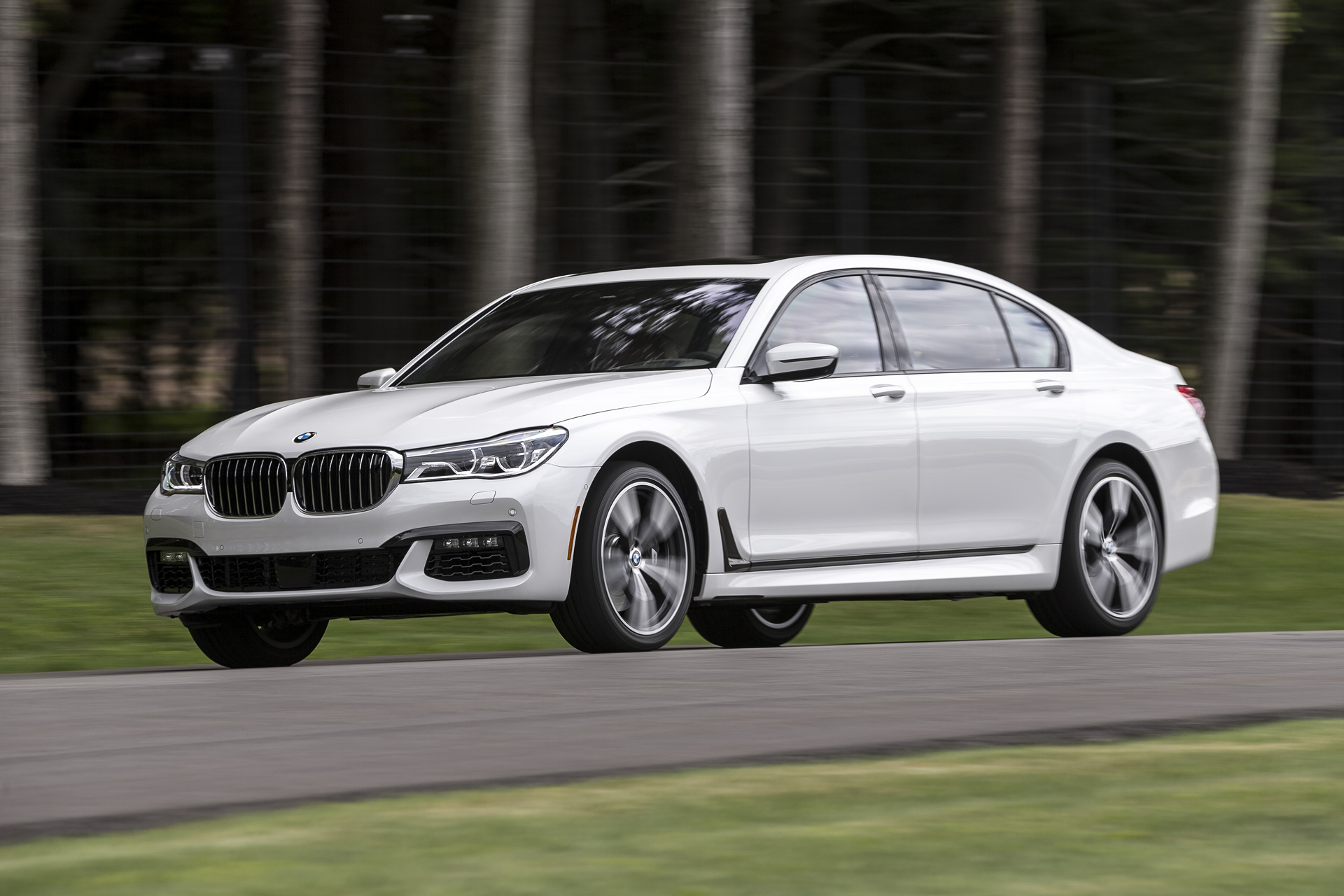2016 Bmw 7 Series Review Carrrs Auto Portal