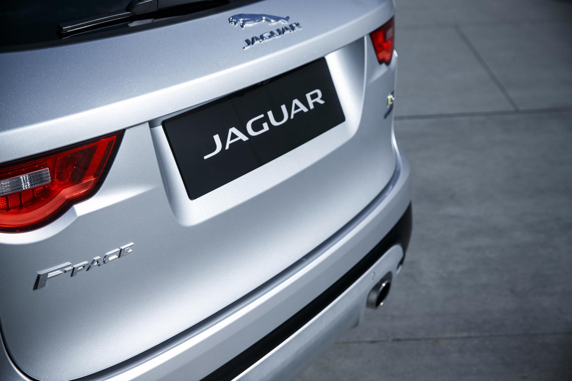 2017 Jaguar F-PACE © Tata Group