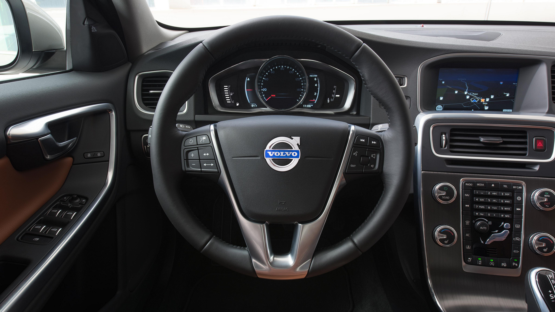 Dynamic Auto Group >> 2016 Volvo S60 Review - Carrrs Auto Portal