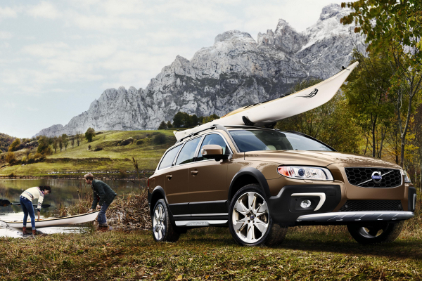 2016 Volvo XC70 © Zhejiang Geely Holding Group Co., Ltd